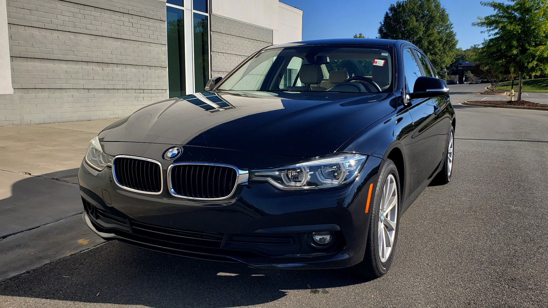 Used 2018 BMW 3 SERIES 320IXDRIVE 2.0L SEDAN / HEATED SEATS / REARVIEW for sale $26,795 at Formula Imports in Charlotte NC 28227 2