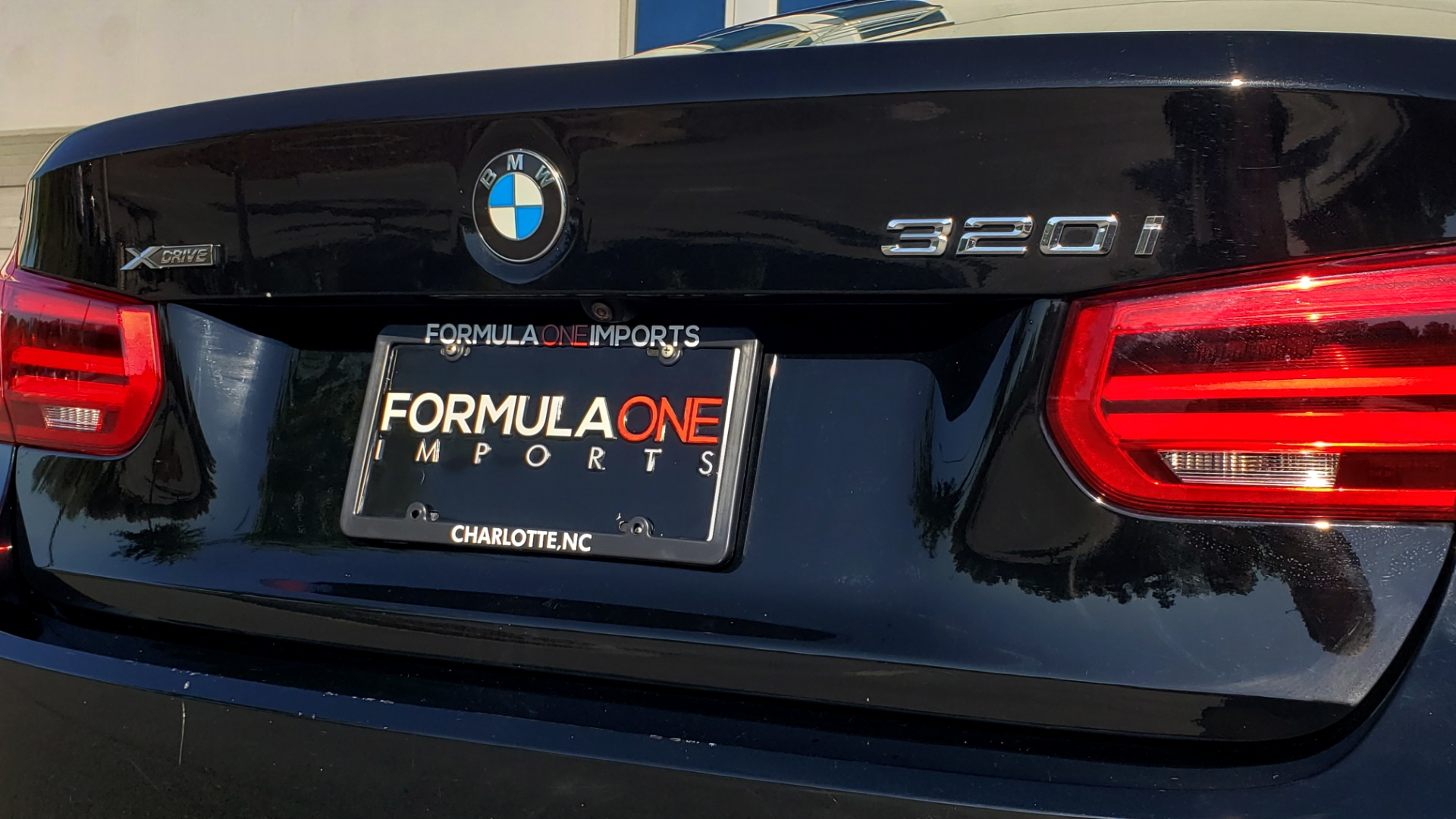 Used 2018 BMW 3 SERIES 320IXDRIVE 2.0L SEDAN / HEATED SEATS / REARVIEW for sale $26,795 at Formula Imports in Charlotte NC 28227 27