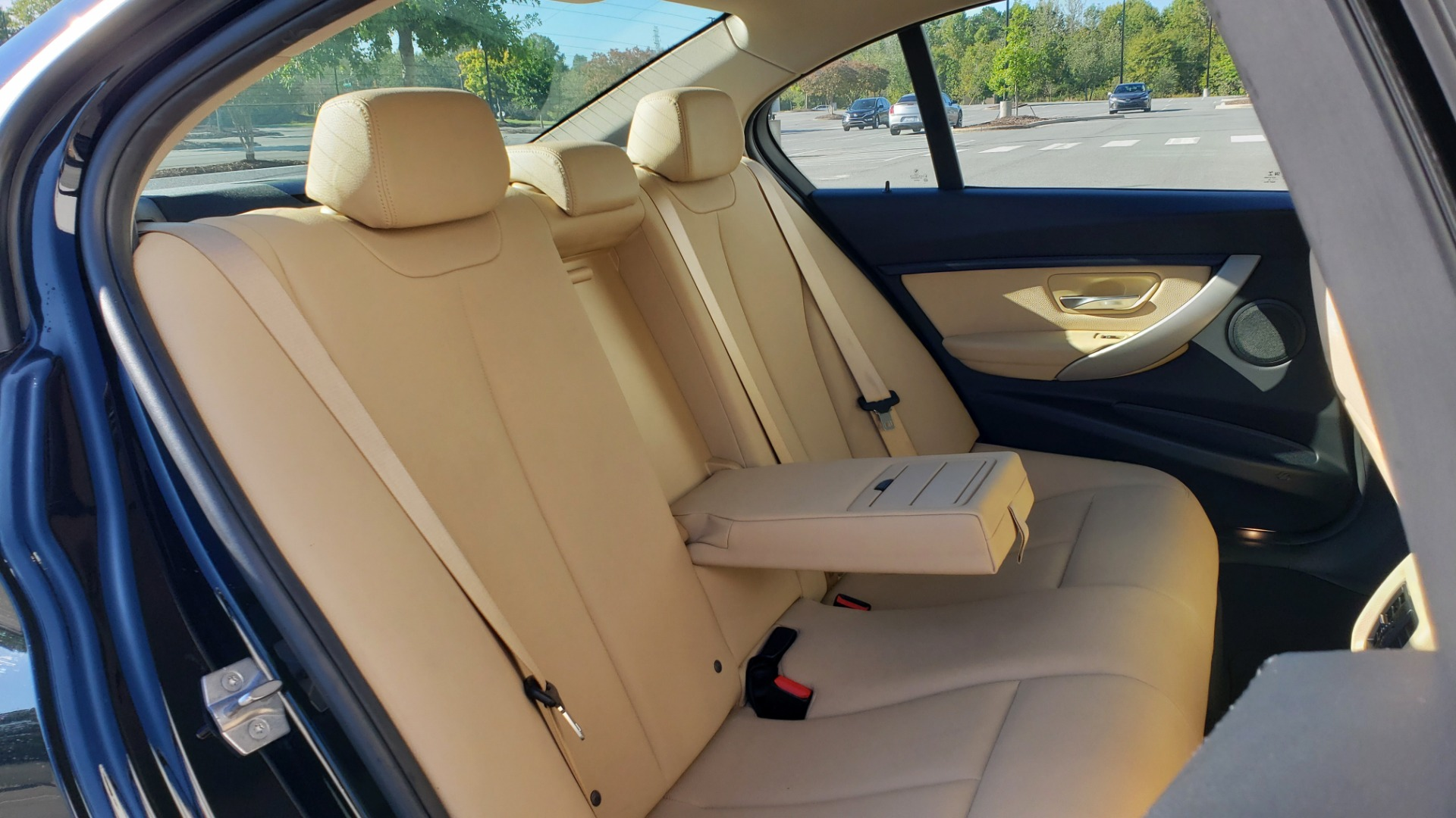 Used 2018 BMW 3 SERIES 320IXDRIVE 2.0L SEDAN / HEATED SEATS / REARVIEW for sale $26,795 at Formula Imports in Charlotte NC 28227 63