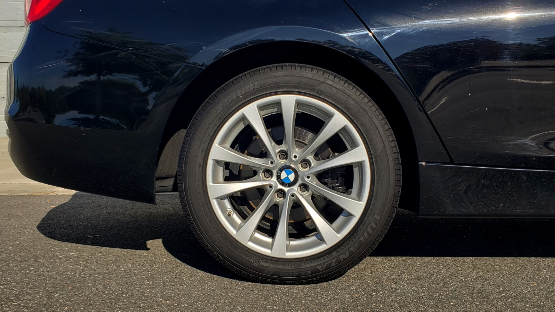Used 2018 BMW 3 SERIES 320IXDRIVE 2.0L SEDAN / HEATED SEATS / REARVIEW for sale $26,795 at Formula Imports in Charlotte NC 28227 70