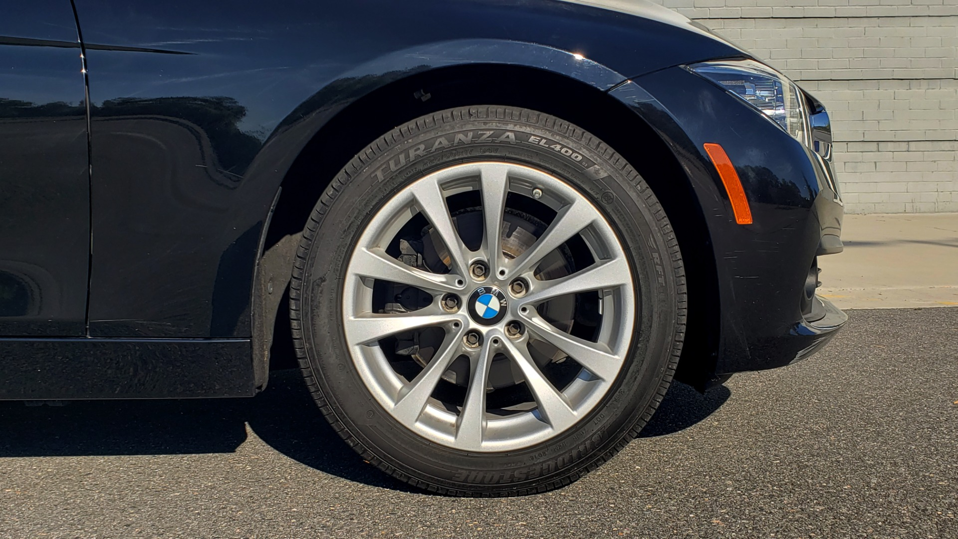 Used 2018 BMW 3 SERIES 320IXDRIVE 2.0L SEDAN / HEATED SEATS / REARVIEW for sale $26,795 at Formula Imports in Charlotte NC 28227 71