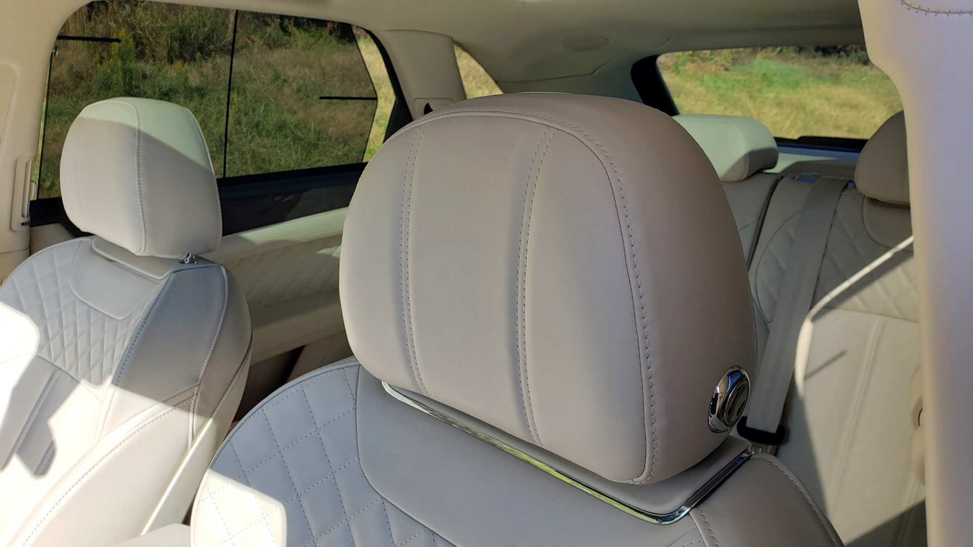 Used 2017 Bentley BENTAYGA W12 600HP / NAV / AWD / PANO-ROOF / BACK-UP CAMERA for sale $139,995 at Formula One Imports in Charlotte NC 28227 62