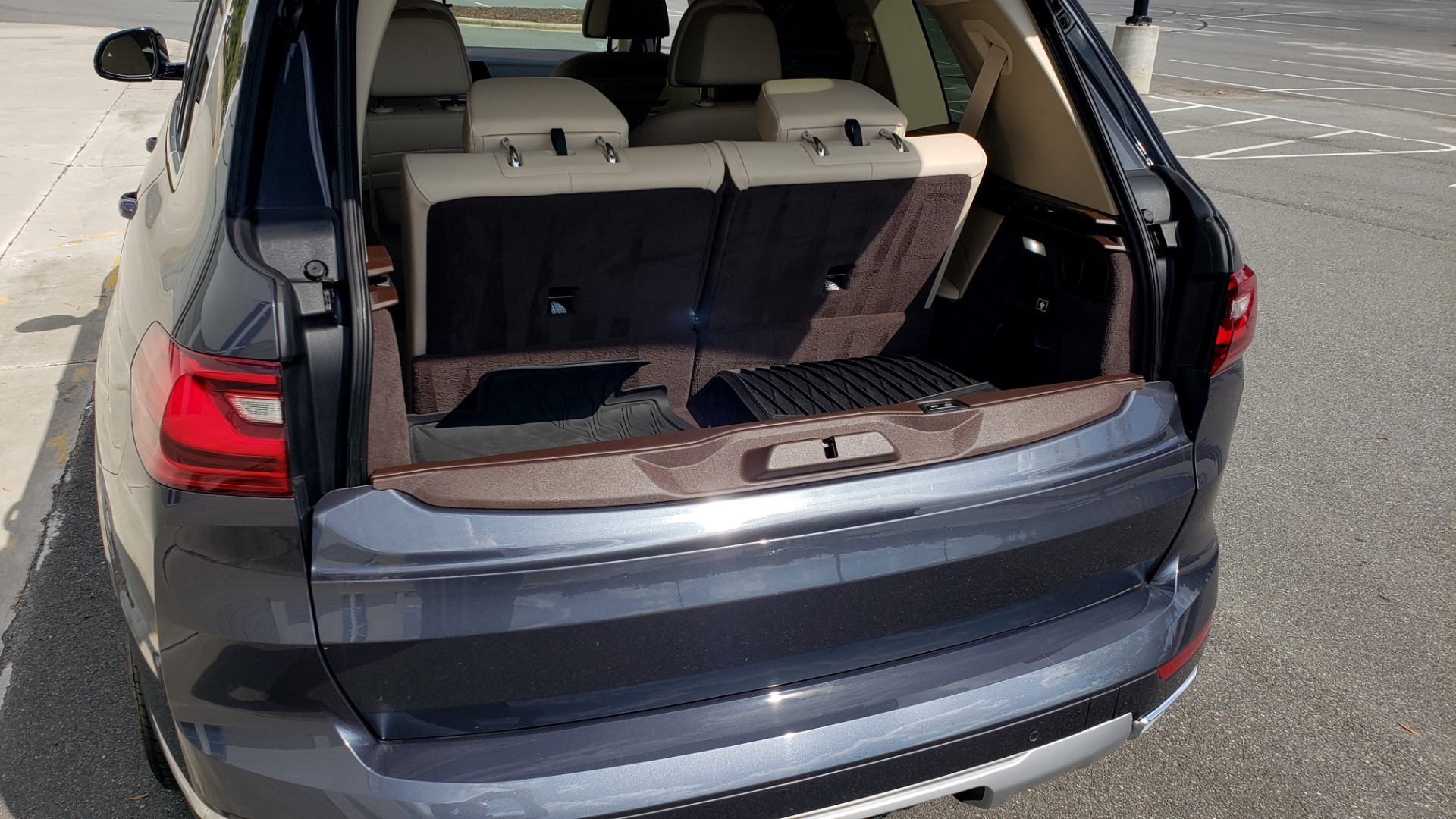 Used 2019 BMW X7 XDRIVE40I PREMIUM / LUXURY / COLD WEATHER / PARK ASST / PANORAMIC SKY / TOW for sale $75,999 at Formula Imports in Charlotte NC 28227 17