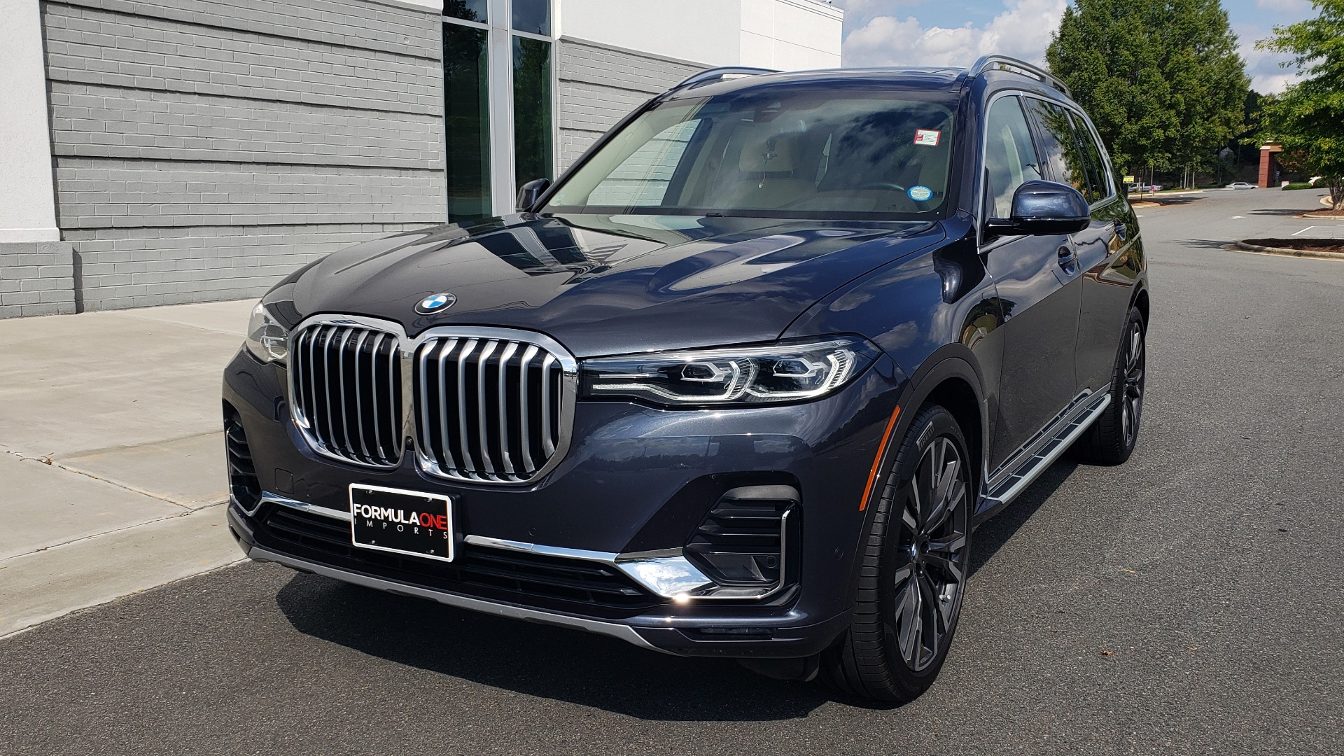 Used 2019 BMW X7 XDRIVE40I PREMIUM / LUXURY / COLD WEATHER / PARK ASST / PANORAMIC SKY / TOW for sale $75,999 at Formula Imports in Charlotte NC 28227 2