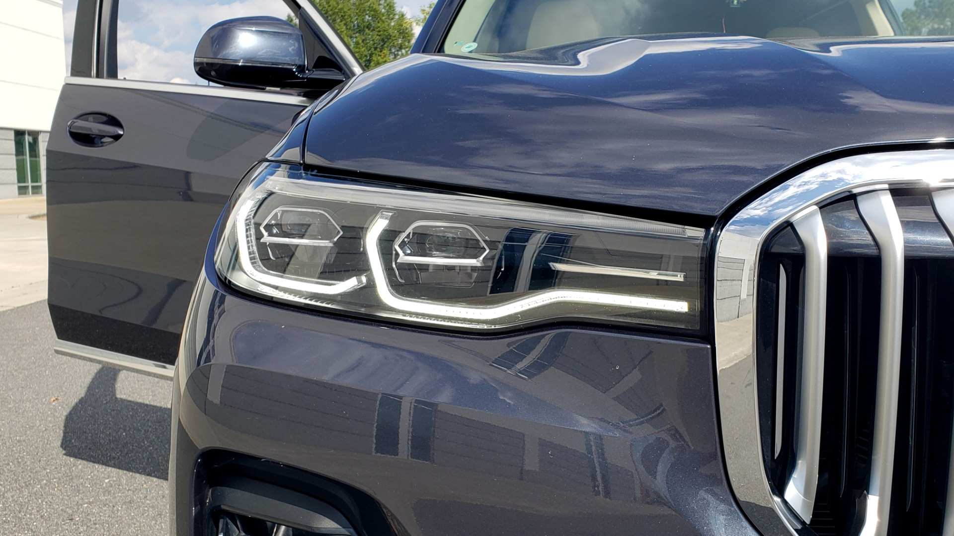 Used 2019 BMW X7 XDRIVE40I PREMIUM / LUXURY / COLD WEATHER / PARK ASST / PANORAMIC SKY / TOW for sale $75,999 at Formula Imports in Charlotte NC 28227 28