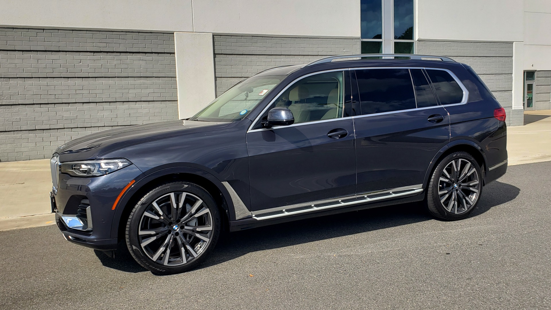 Used 2019 BMW X7 XDRIVE40I PREMIUM / LUXURY / COLD WEATHER / PARK ASST / PANORAMIC SKY / TOW for sale $75,999 at Formula Imports in Charlotte NC 28227 3