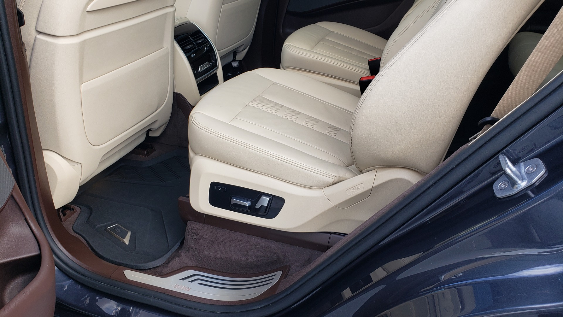 Used 2019 BMW X7 XDRIVE40I PREMIUM / LUXURY / COLD WEATHER / PARK ASST / PANORAMIC SKY / TOW for sale $75,999 at Formula Imports in Charlotte NC 28227 68