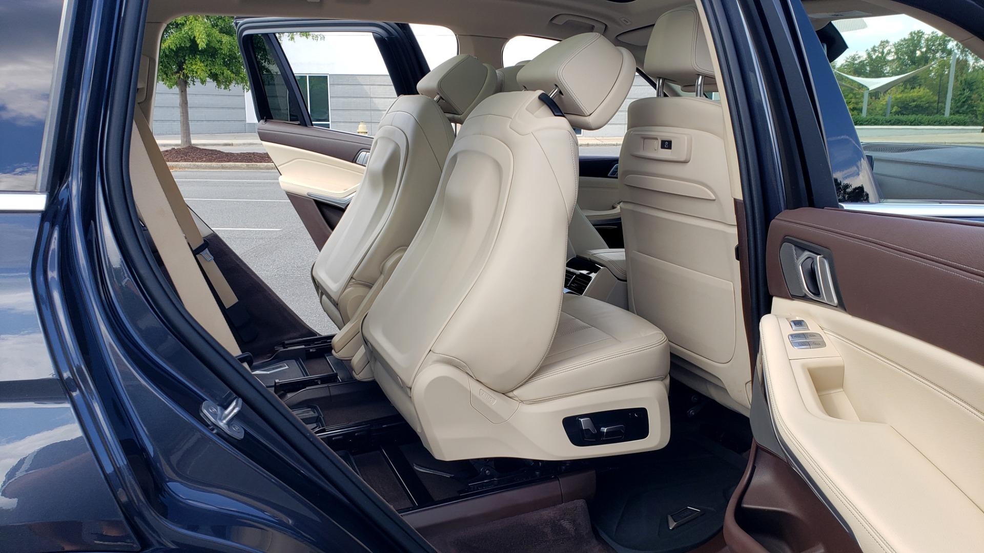 Used 2019 BMW X7 XDRIVE40I PREMIUM / LUXURY / COLD WEATHER / PARK ASST / PANORAMIC SKY / TOW for sale $75,999 at Formula Imports in Charlotte NC 28227 75
