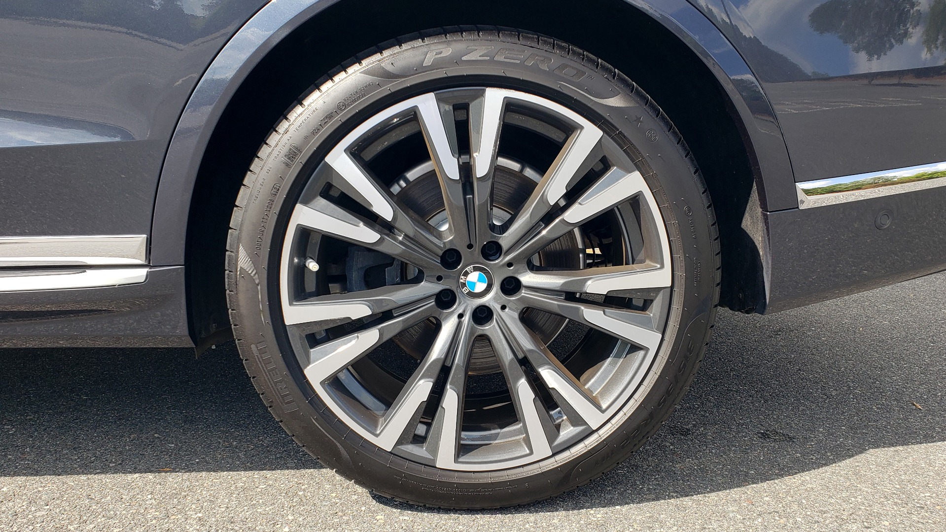 Used 2019 BMW X7 XDRIVE40I PREMIUM / LUXURY / COLD WEATHER / PARK ASST / PANORAMIC SKY / TOW for sale $75,999 at Formula Imports in Charlotte NC 28227 99