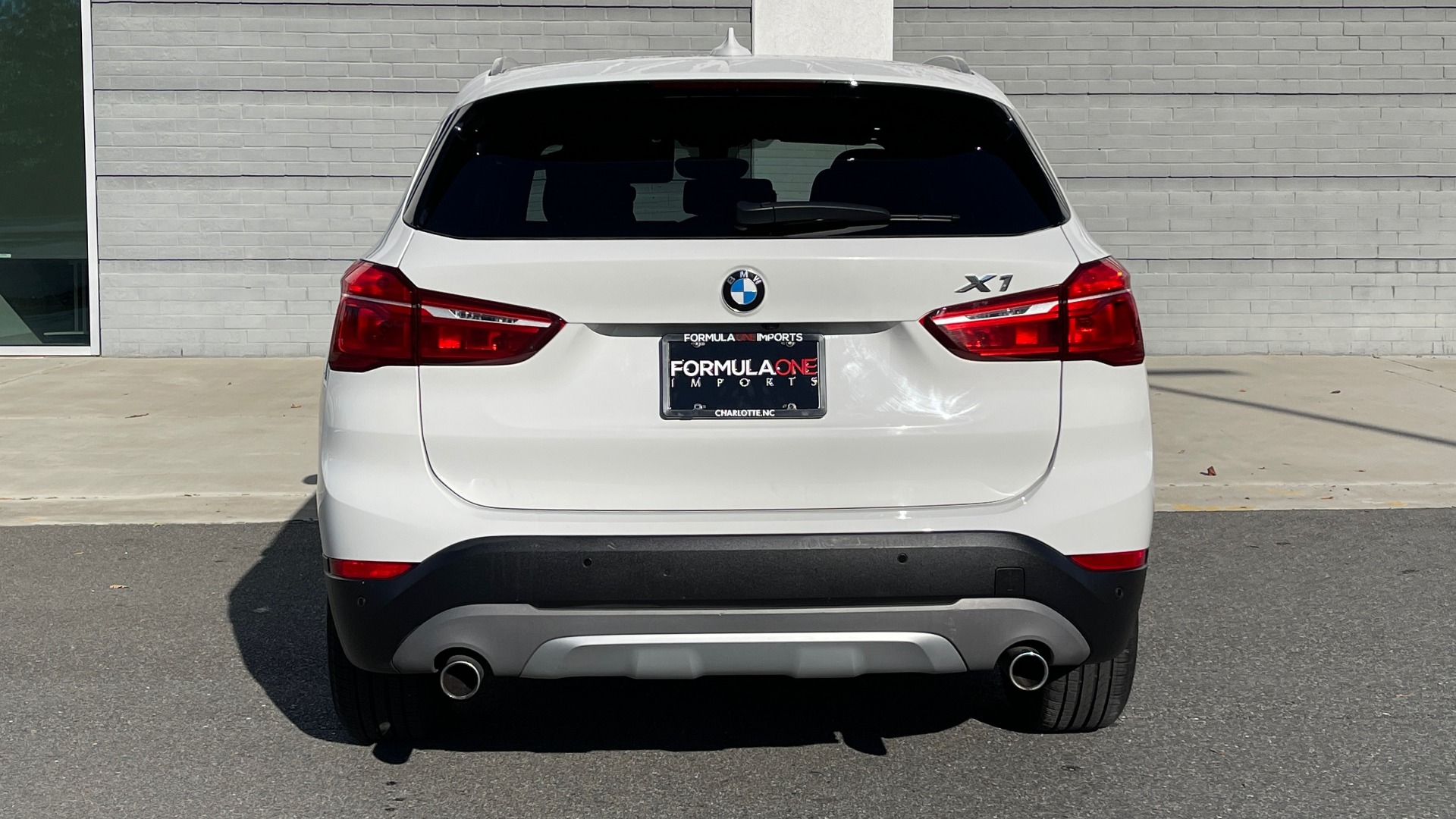Used 2018 BMW X1 XDRIVE28I / CONV PKG / PANO-ROOF / PARK ASST / REARVIEW for sale $31,995 at Formula Imports in Charlotte NC 28227 21