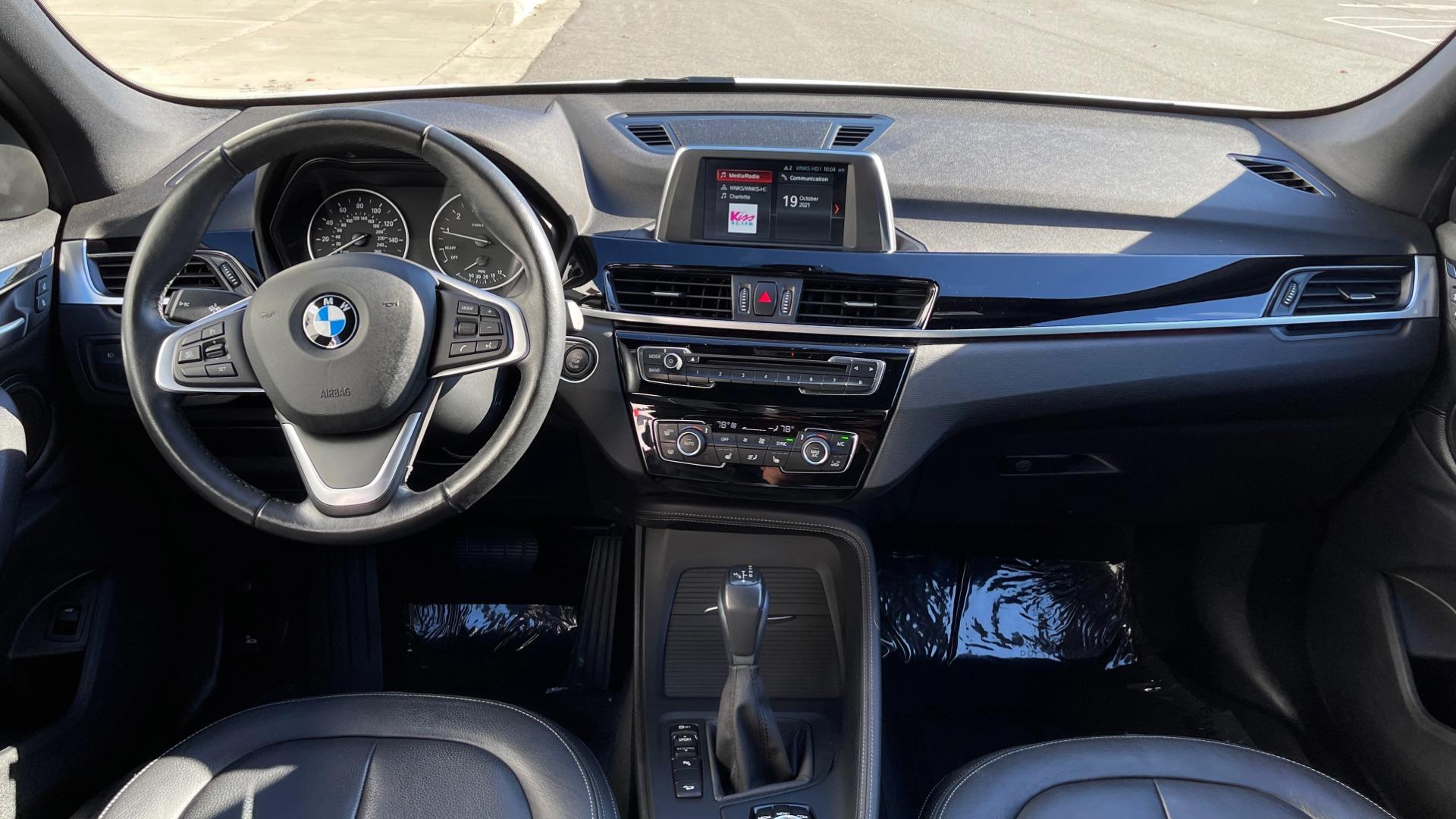 Used 2018 BMW X1 XDRIVE28I / CONV PKG / PANO-ROOF / PARK ASST / REARVIEW for sale $31,995 at Formula Imports in Charlotte NC 28227 48