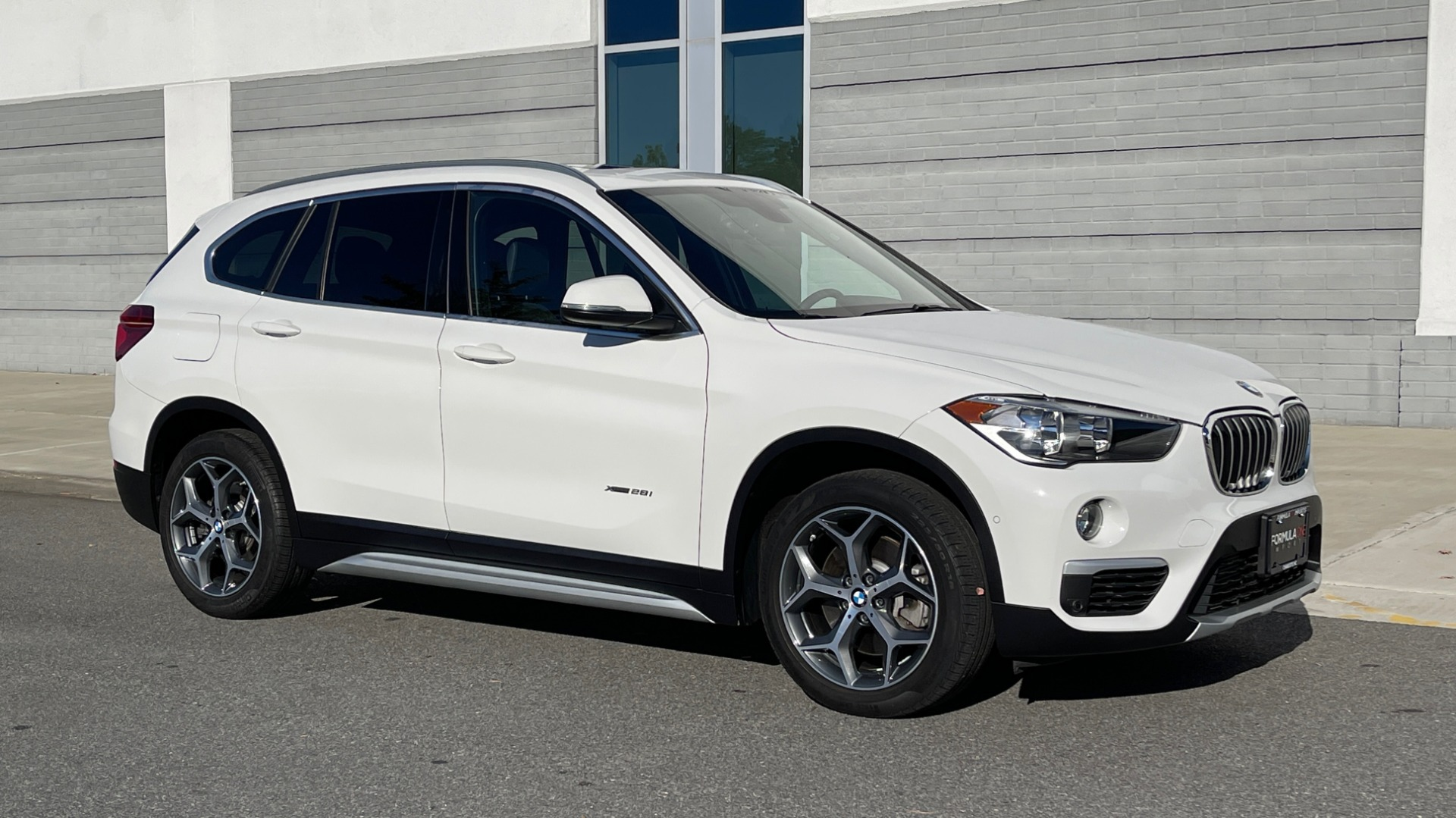 Used 2018 BMW X1 XDRIVE28I / CONV PKG / PANO-ROOF / PARK ASST / REARVIEW for sale $31,995 at Formula Imports in Charlotte NC 28227 5