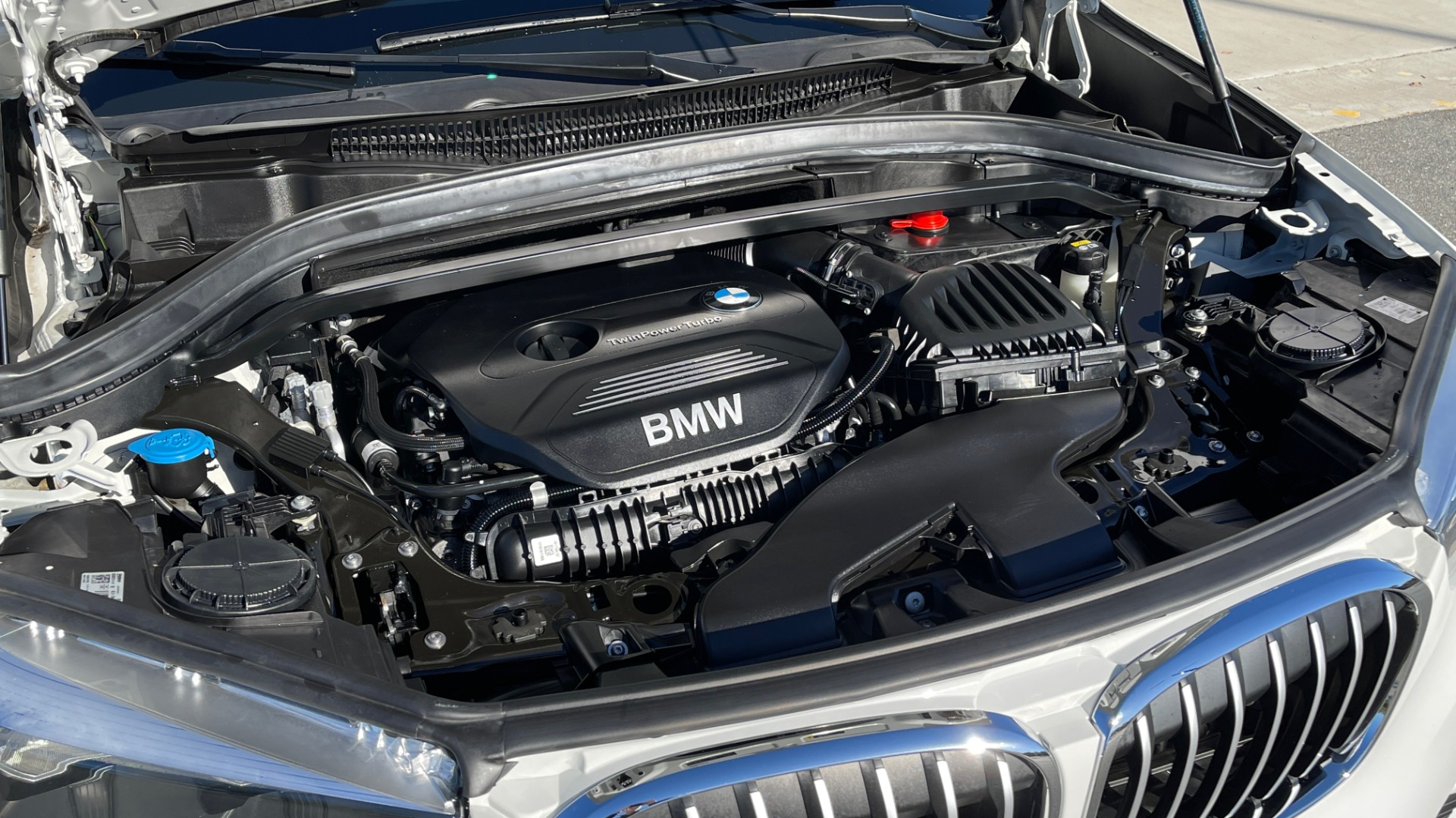 Used 2018 BMW X1 XDRIVE28I / CONV PKG / PANO-ROOF / PARK ASST / REARVIEW for sale $31,995 at Formula Imports in Charlotte NC 28227 8