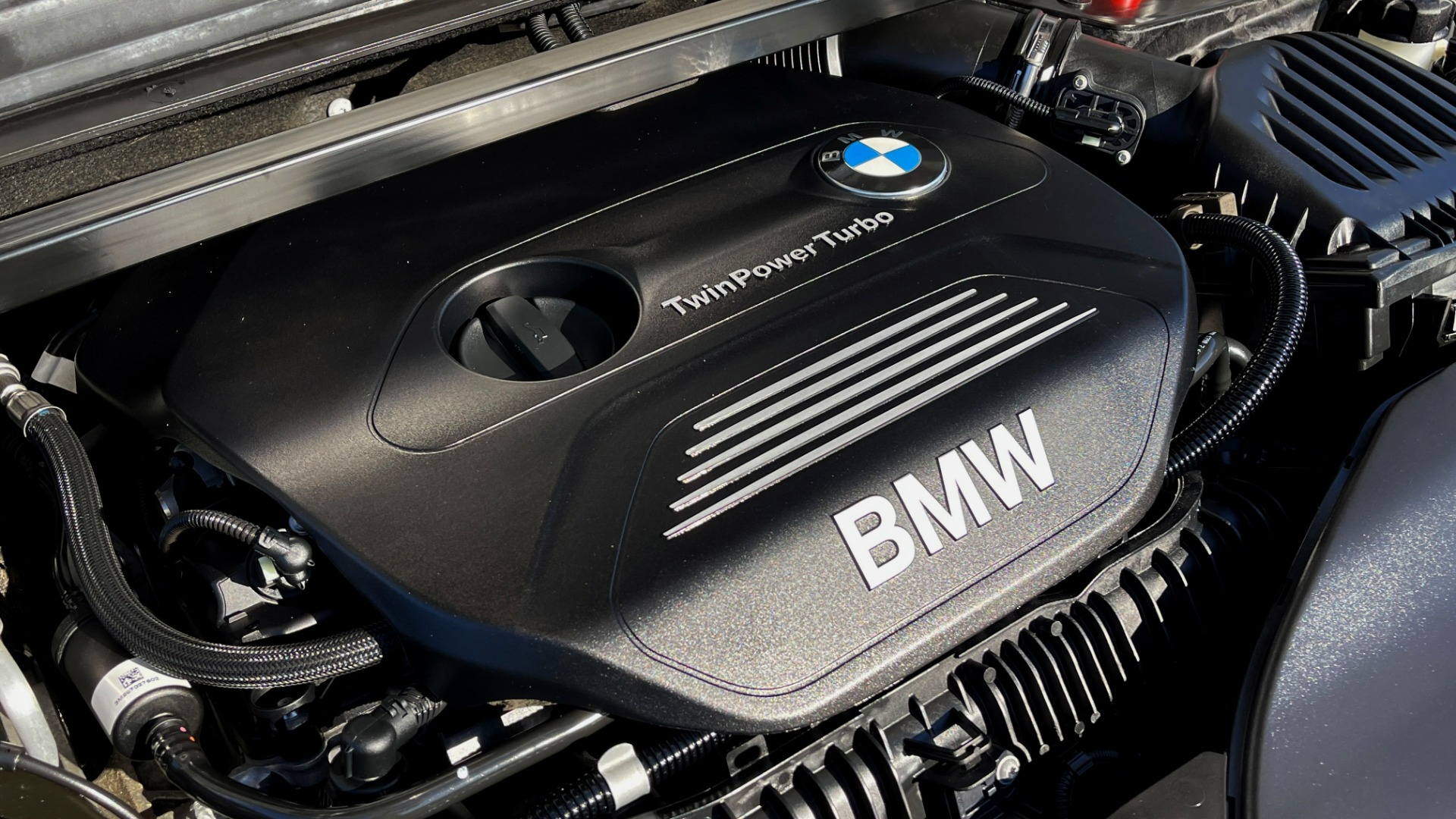 Used 2018 BMW X1 XDRIVE28I / CONV PKG / PANO-ROOF / PARK ASST / REARVIEW for sale $31,995 at Formula Imports in Charlotte NC 28227 9