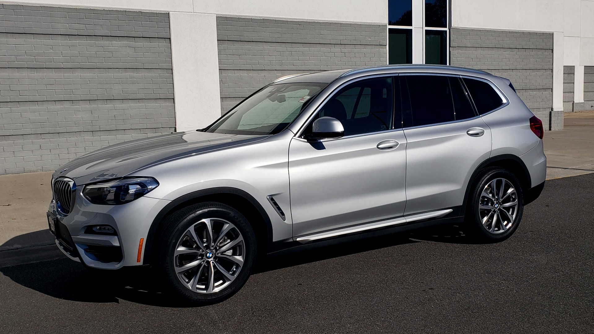 Used 2019 BMW X3 XDRIVE30I / DRVR ASST / PANO-ROOF / HTD STS / REARVIEW for sale $41,995 at Formula Imports in Charlotte NC 28227 3