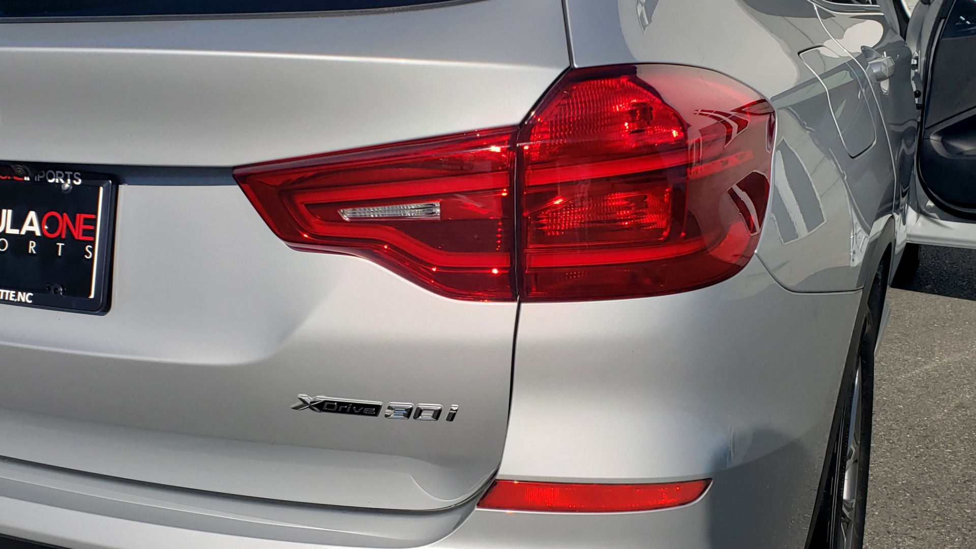 Used 2019 BMW X3 XDRIVE30I / DRVR ASST / PANO-ROOF / HTD STS / REARVIEW for sale $41,995 at Formula Imports in Charlotte NC 28227 33