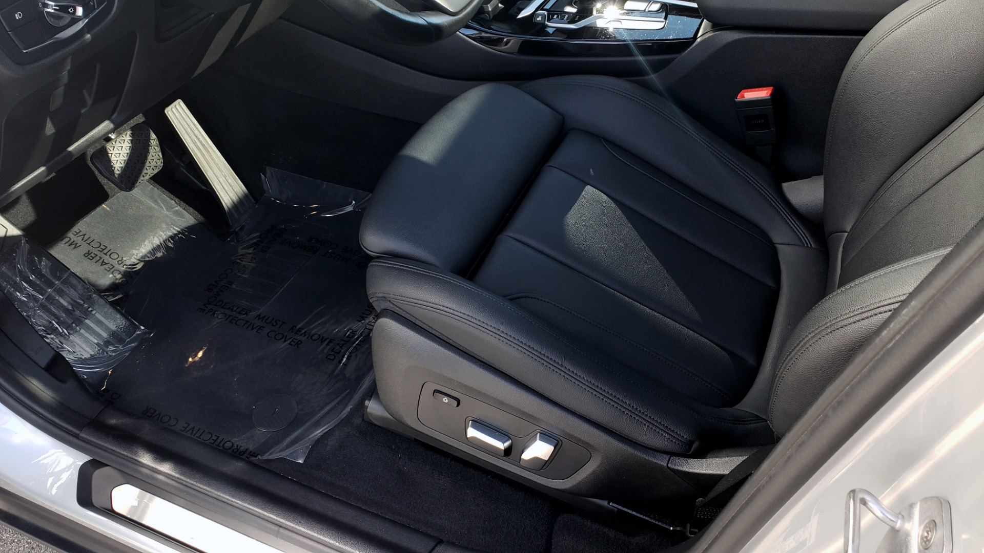 Used 2019 BMW X3 XDRIVE30I / DRVR ASST / PANO-ROOF / HTD STS / REARVIEW for sale $41,995 at Formula Imports in Charlotte NC 28227 37