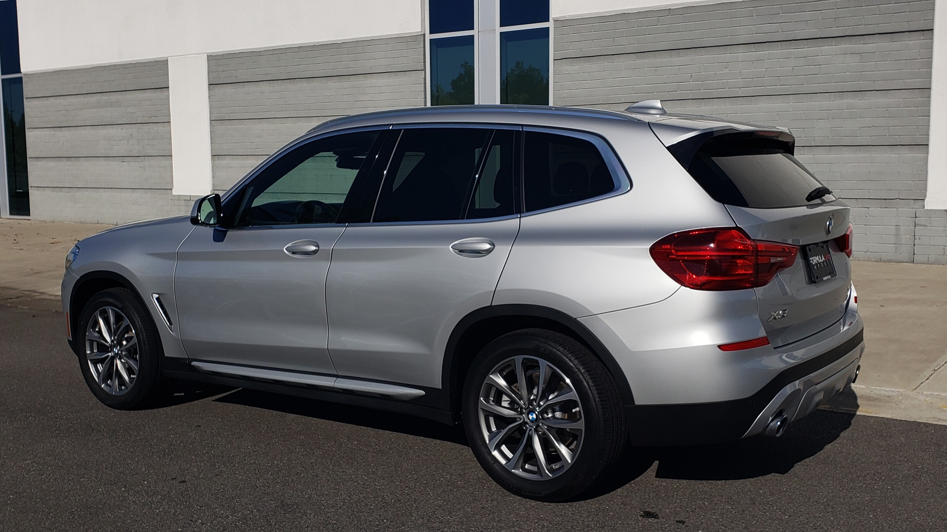 Used 2019 BMW X3 XDRIVE30I / DRVR ASST / PANO-ROOF / HTD STS / REARVIEW for sale $41,995 at Formula Imports in Charlotte NC 28227 5