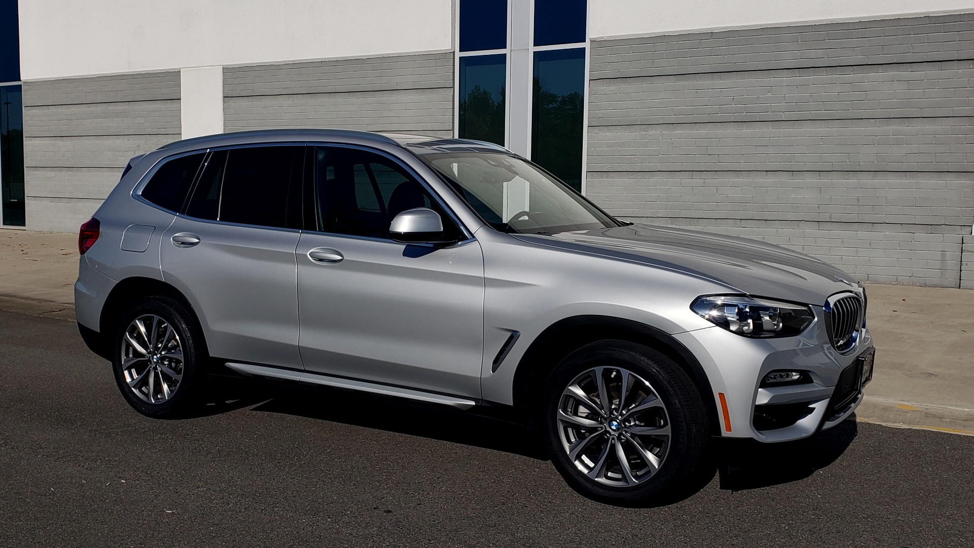 Used 2019 BMW X3 XDRIVE30I / DRVR ASST / PANO-ROOF / HTD STS / REARVIEW for sale $41,995 at Formula Imports in Charlotte NC 28227 6