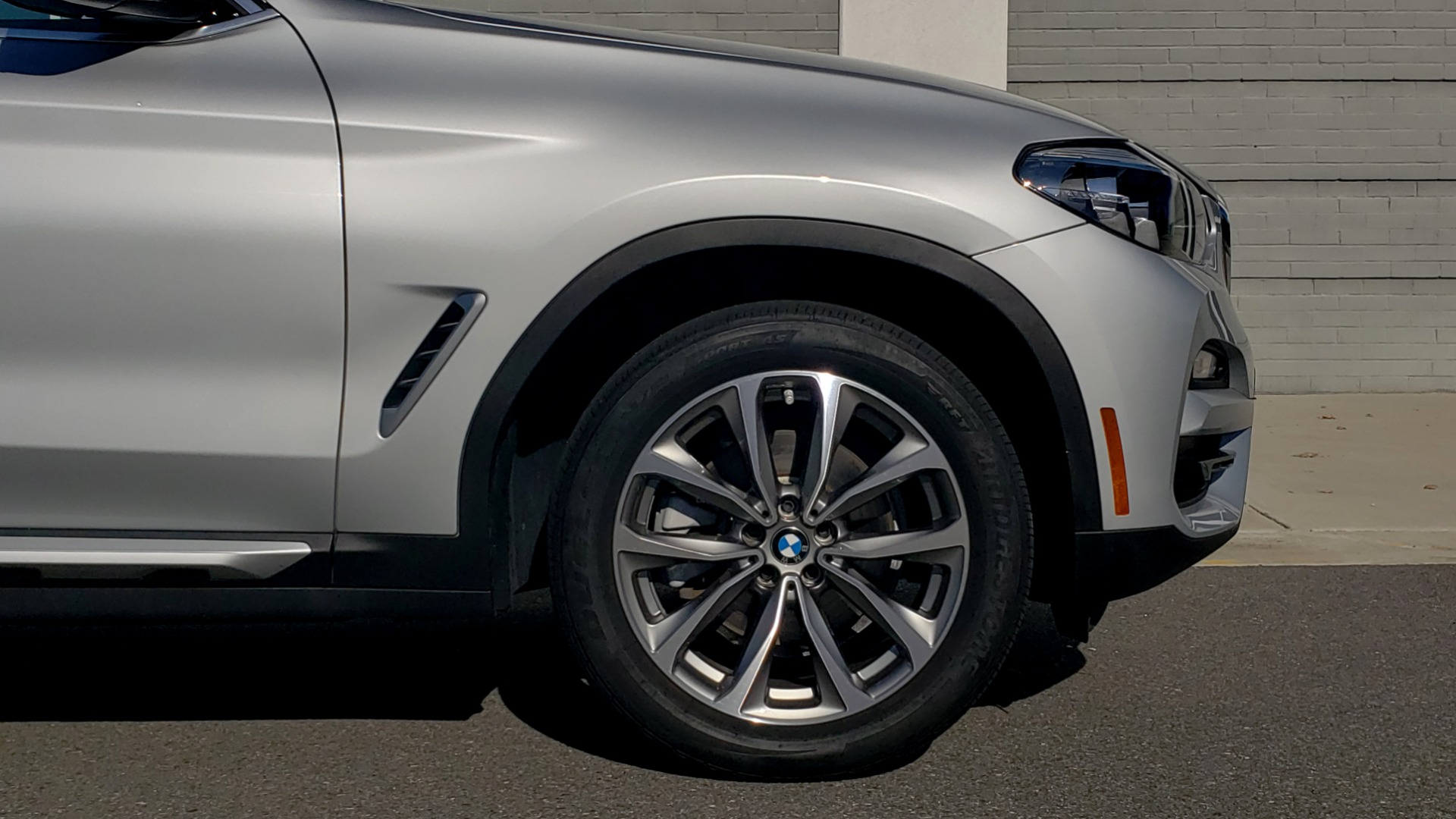 Used 2019 BMW X3 XDRIVE30I / DRVR ASST / PANO-ROOF / HTD STS / REARVIEW for sale $41,995 at Formula Imports in Charlotte NC 28227 84