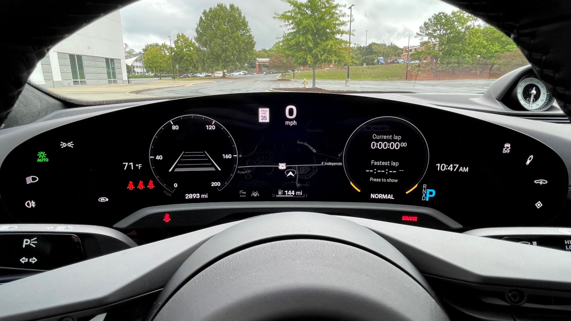 Used 2020 Porsche TAYCAN TURBO SEDAN / AWD / NAV / BOSE / PANO-ROOF / LCA / SURROUND VIEW for sale $162,995 at Formula Imports in Charlotte NC 28227 39