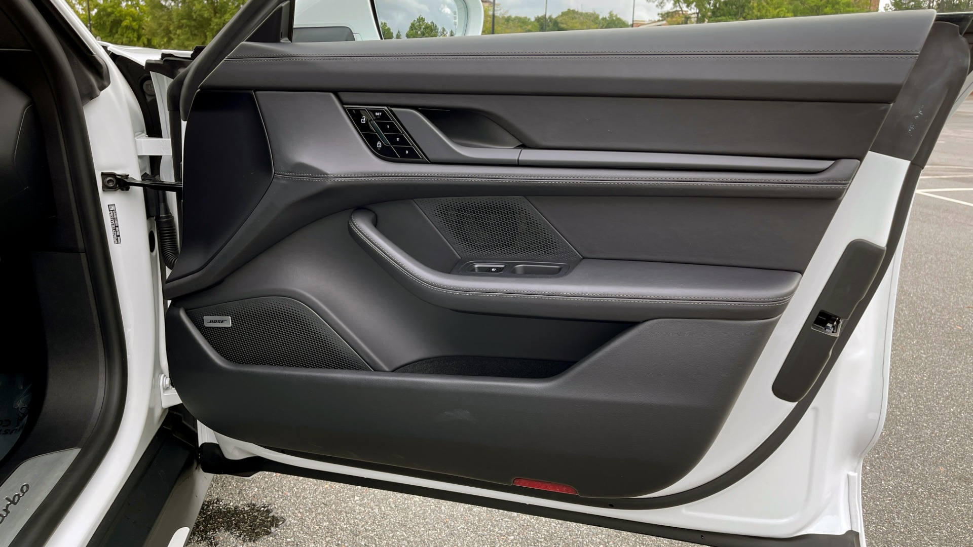 Used 2020 Porsche TAYCAN TURBO SEDAN / AWD / NAV / BOSE / PANO-ROOF / LCA / SURROUND VIEW for sale $162,995 at Formula Imports in Charlotte NC 28227 67