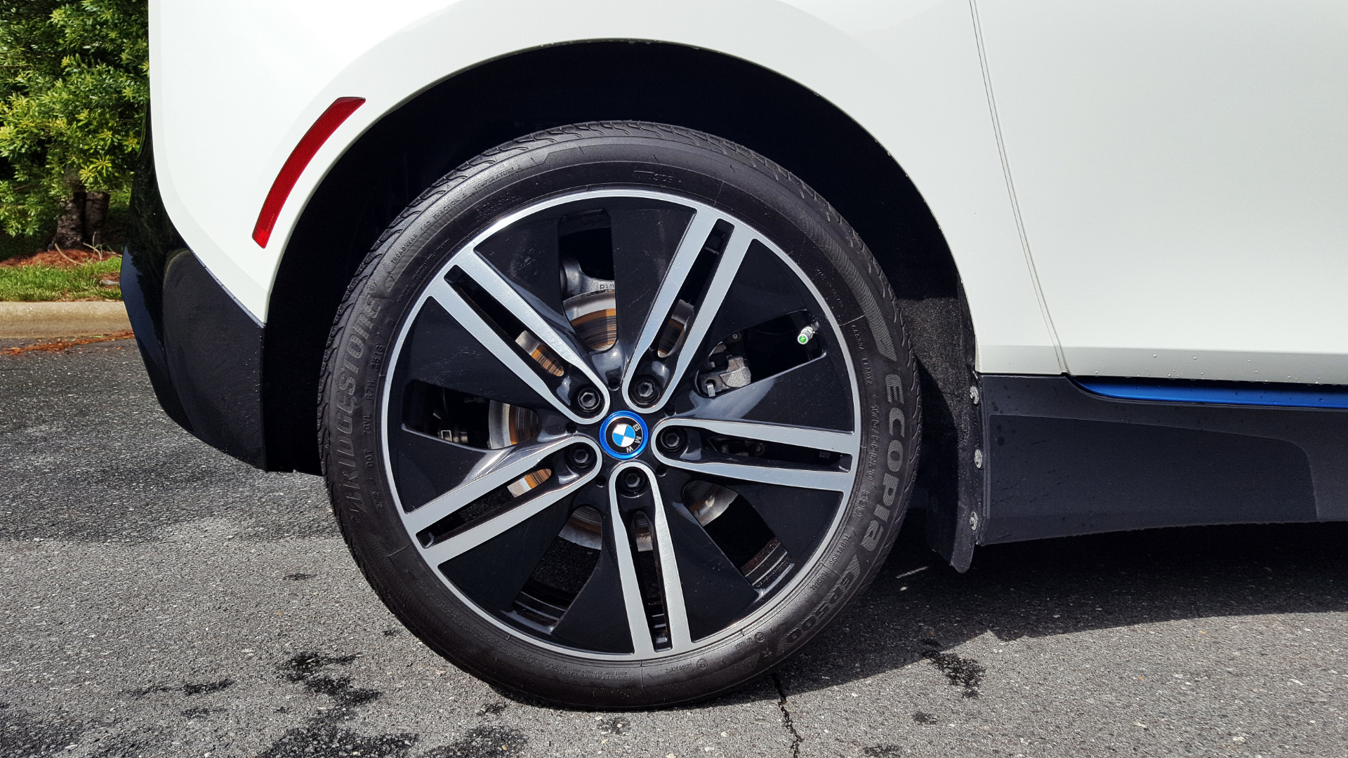 Used 2014 BMW i3 for sale Sold at Formula Imports in Charlotte NC 28227 14