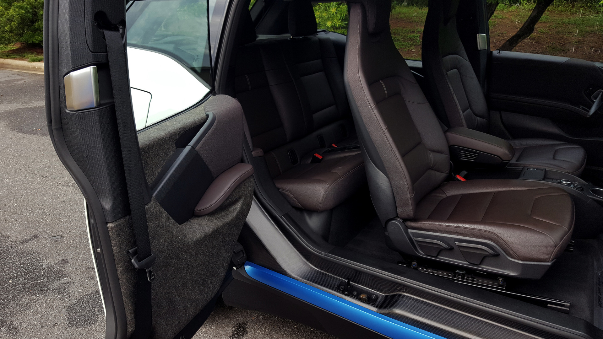 Used 2014 BMW i3 for sale Sold at Formula Imports in Charlotte NC 28227 17