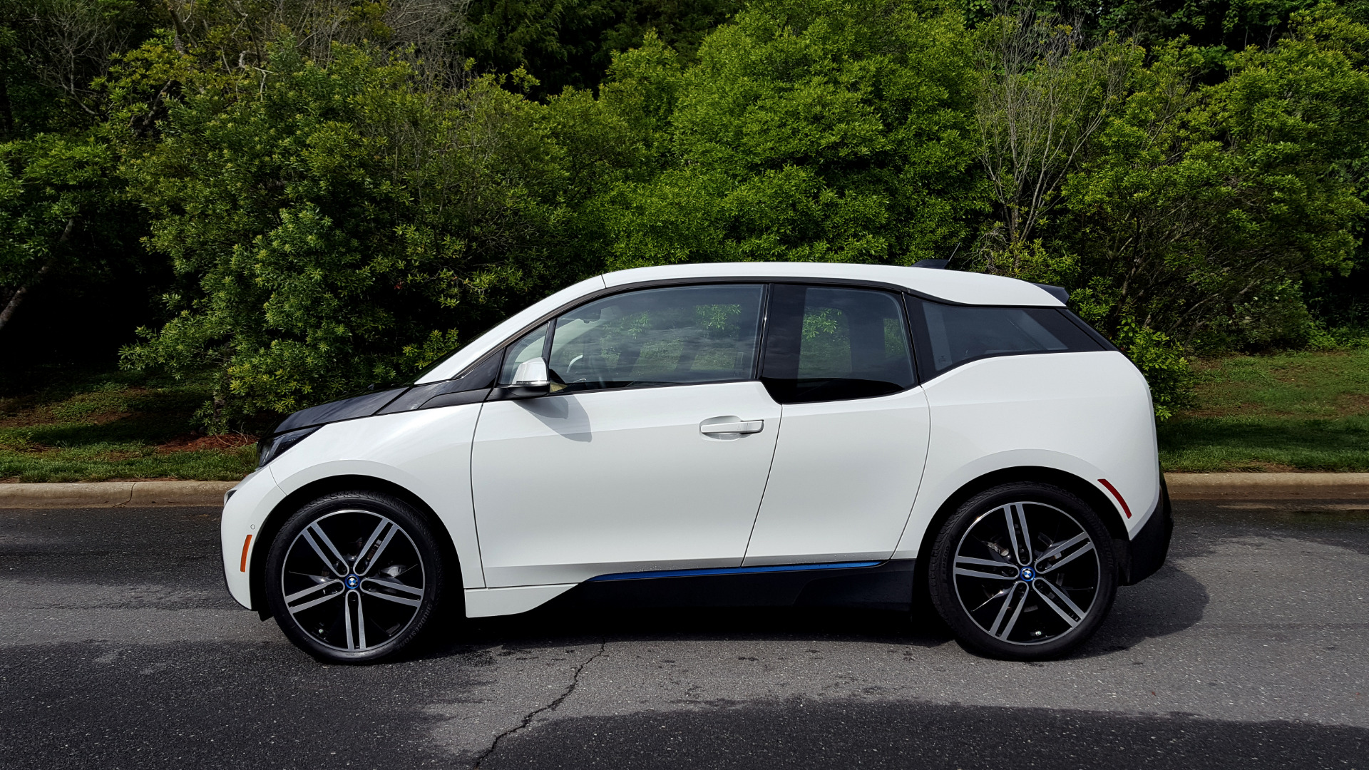Used 2014 BMW i3 for sale Sold at Formula Imports in Charlotte NC 28227 2