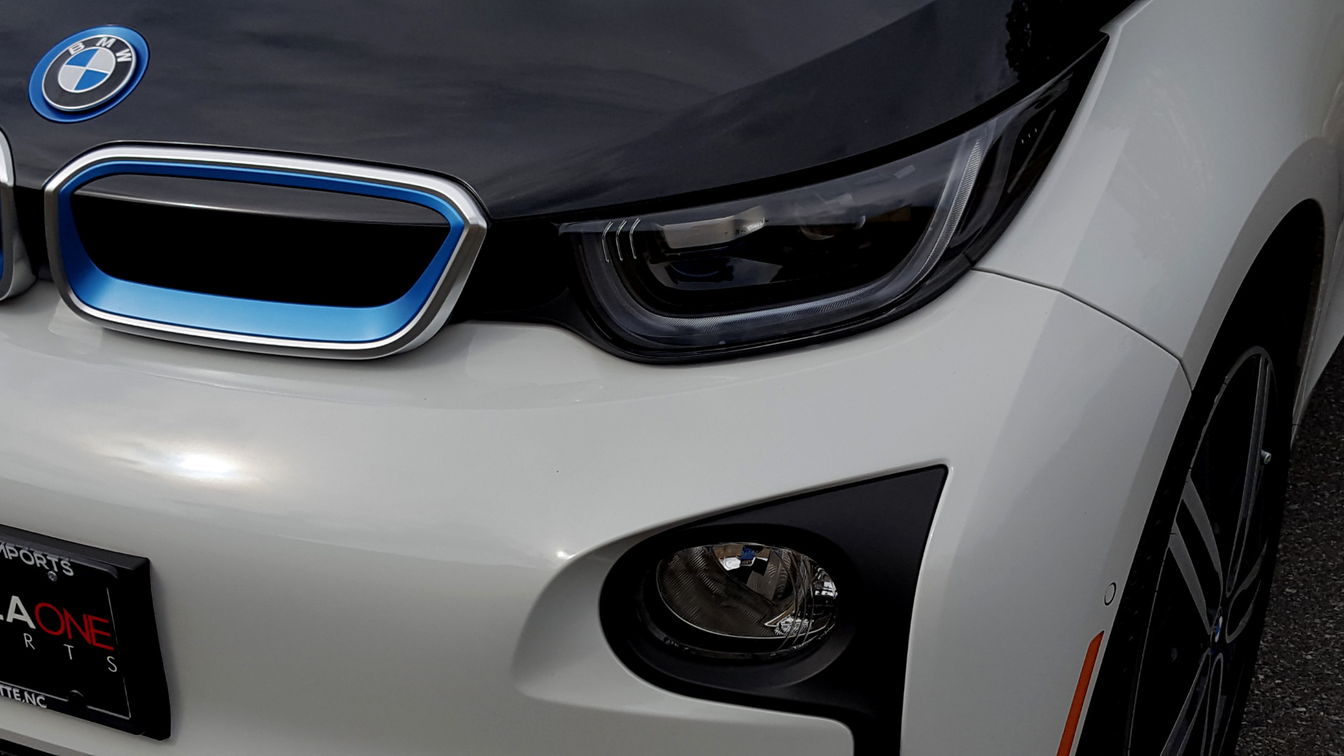Used 2014 BMW i3 for sale Sold at Formula Imports in Charlotte NC 28227 38