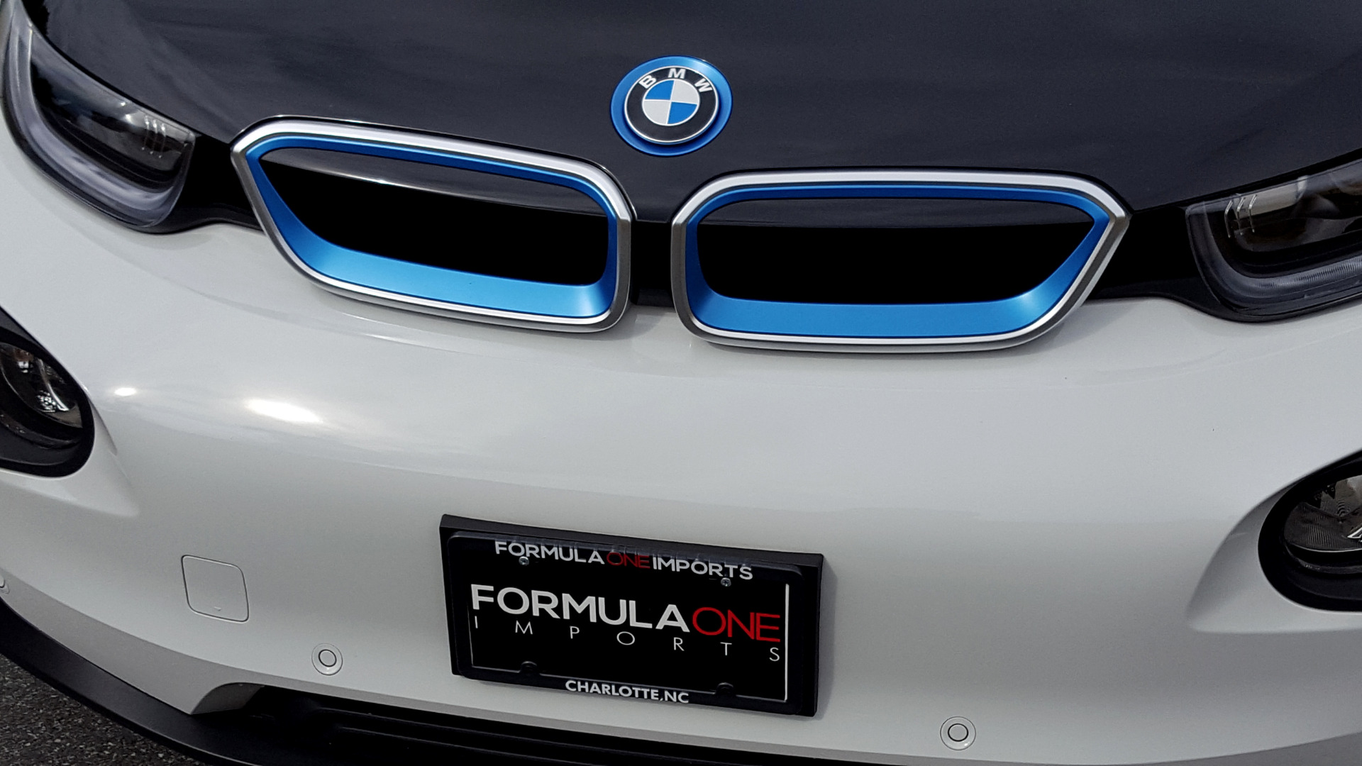 Used 2014 BMW i3 for sale Sold at Formula Imports in Charlotte NC 28227 39