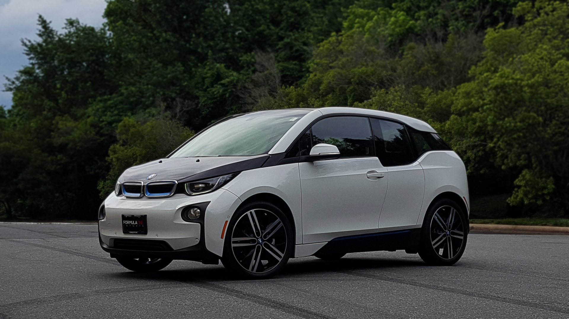 Used 2014 BMW i3 for sale Sold at Formula Imports in Charlotte NC 28227 42