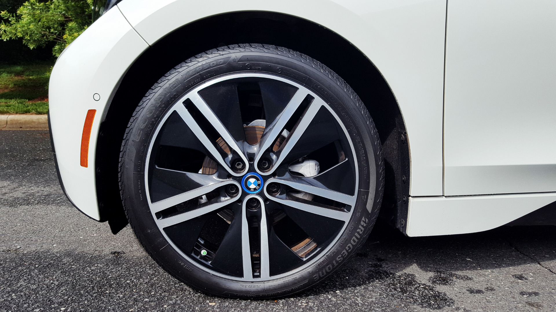 Used 2014 BMW i3 for sale Sold at Formula Imports in Charlotte NC 28227 5