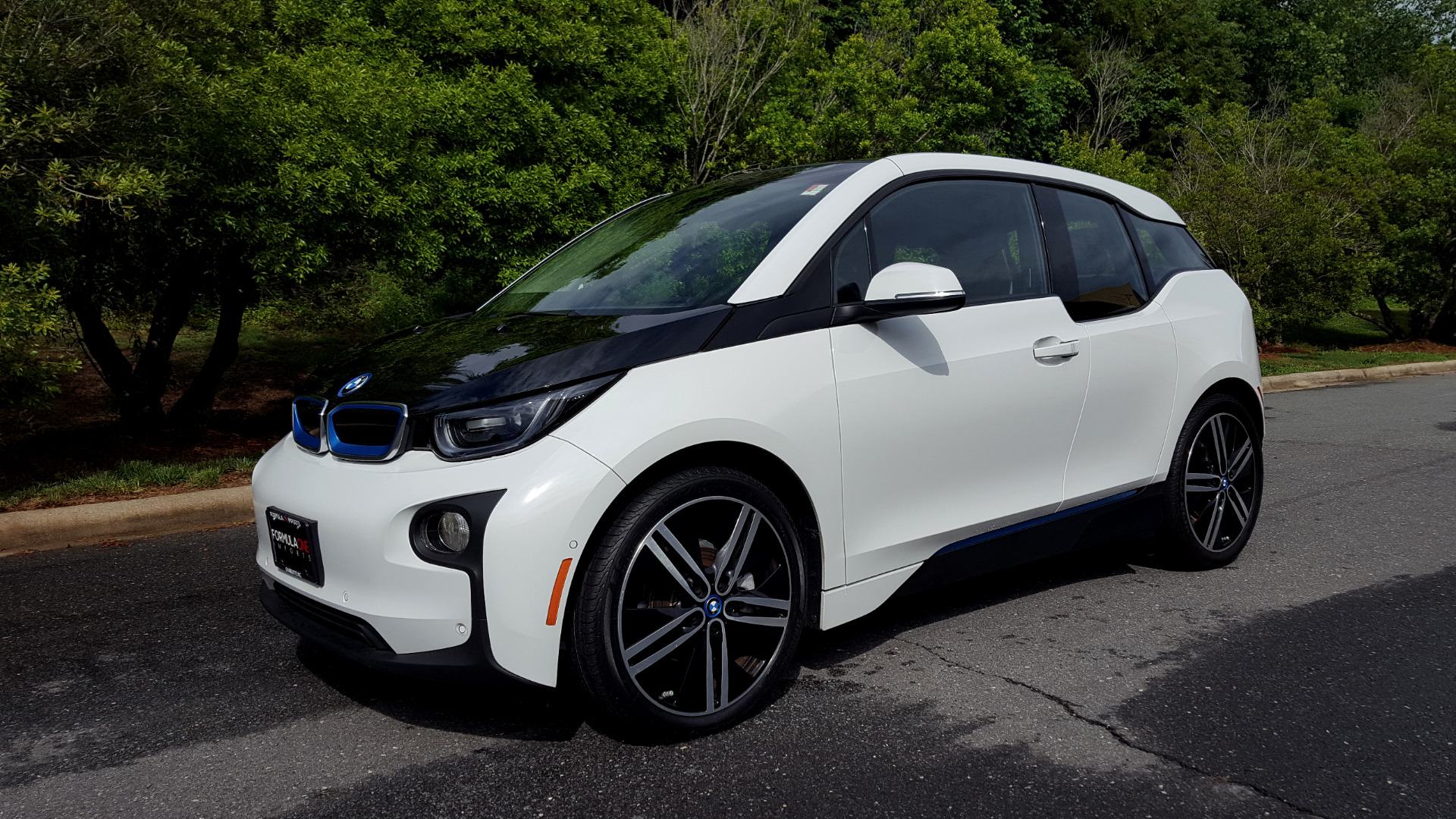 Used 2014 BMW i3 for sale Sold at Formula Imports in Charlotte NC 28227 1