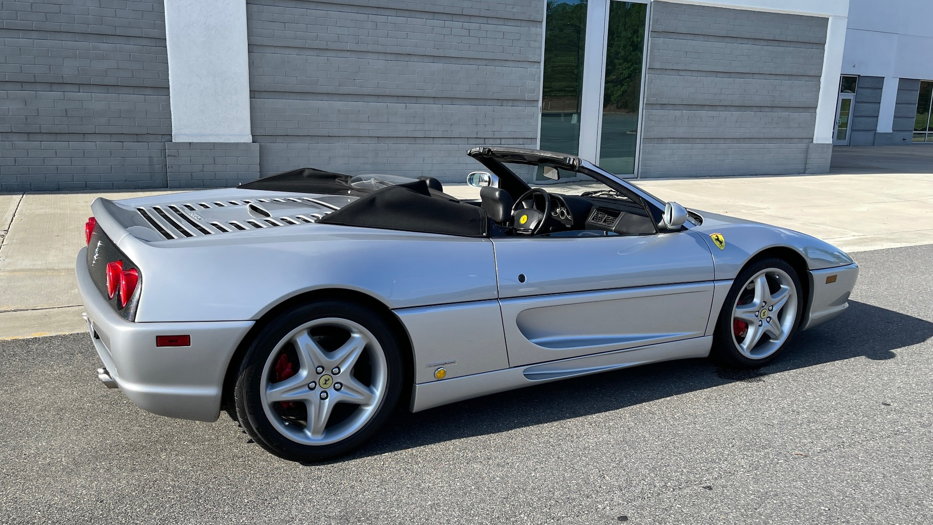 Used 1999 Ferrari F355 SPIDER for sale $95,000 at Formula Imports in Charlotte NC 28227 3