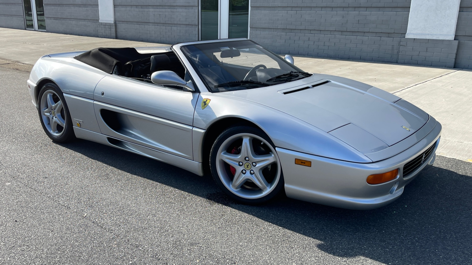 Used 1999 Ferrari F355 SPIDER for sale $95,000 at Formula Imports in Charlotte NC 28227 5