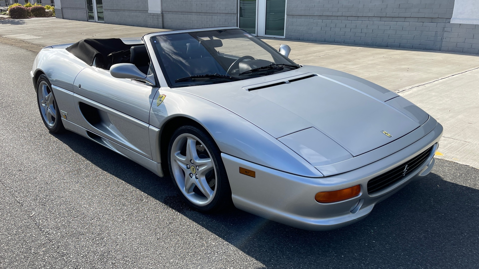 Used 1999 Ferrari F355 SPIDER for sale $95,000 at Formula Imports in Charlotte NC 28227 6