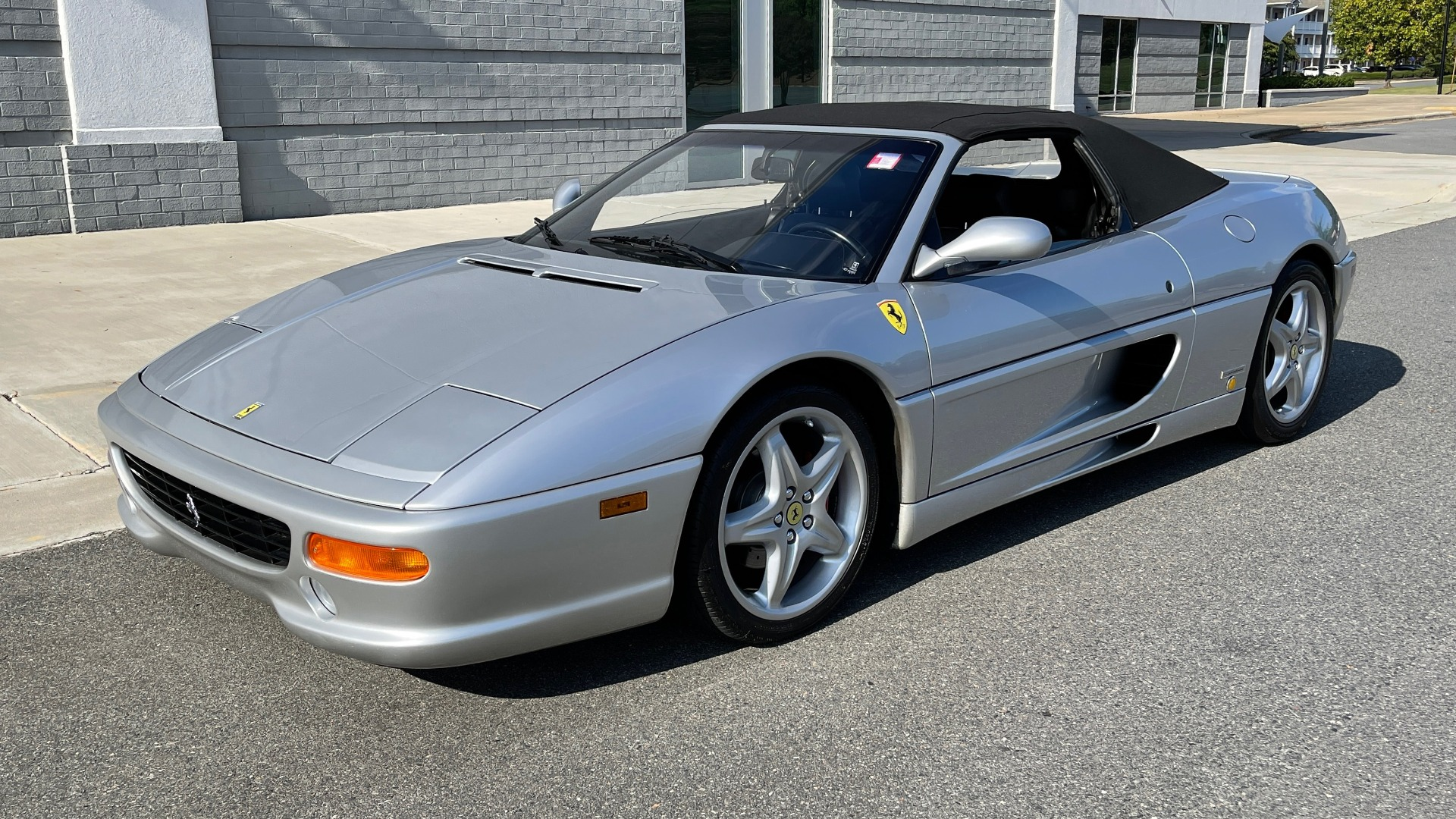 Used 1999 Ferrari F355 SPIDER for sale $95,000 at Formula Imports in Charlotte NC 28227 7