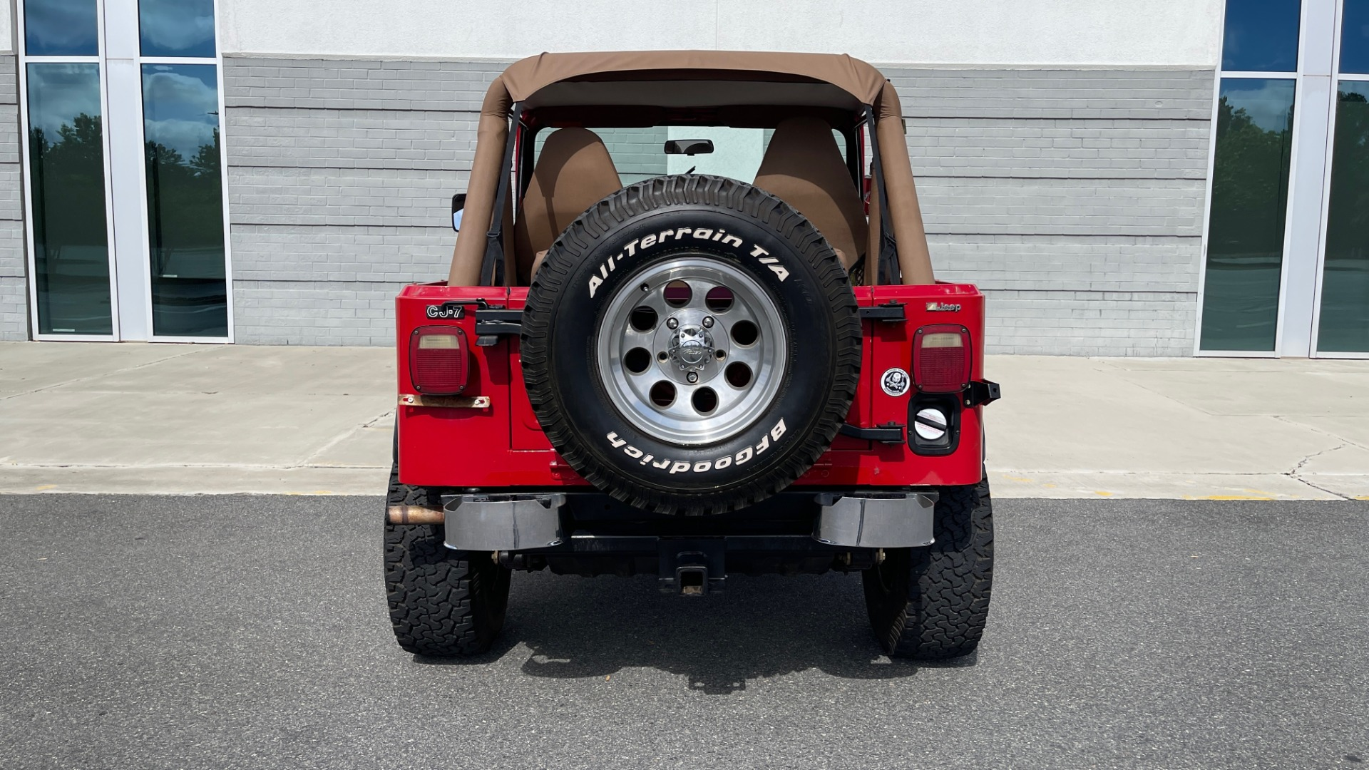 Used 1986 Jeep CJ-7 SOFT-TOP / 4X4 / 4.2L I6 / 5-SPEED MANUAL / HERTZ SPEAKERS / BFG TIRES for sale $20,999 at Formula Imports in Charlotte NC 28227 28