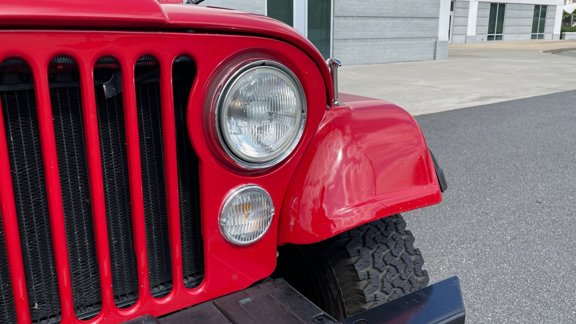 Used 1986 Jeep CJ-7 SOFT-TOP / 4X4 / 4.2L I6 / 5-SPEED MANUAL / HERTZ SPEAKERS / BFG TIRES for sale $20,999 at Formula Imports in Charlotte NC 28227 8