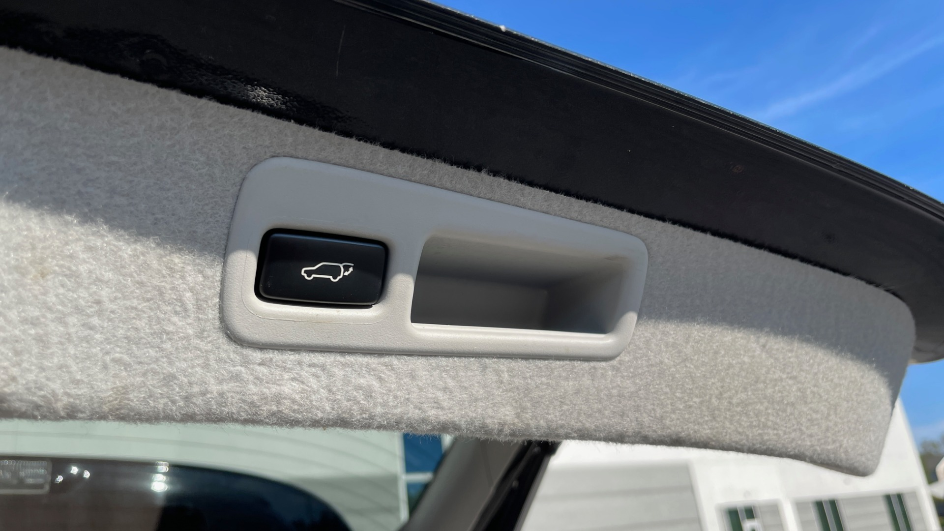 Used 2011 Lexus RX 350 PREMIUM / TOWING PREP PKG / VENTILATED STS / SUNROOF / REARVIEW for sale Sold at Formula Imports in Charlotte NC 28227 20