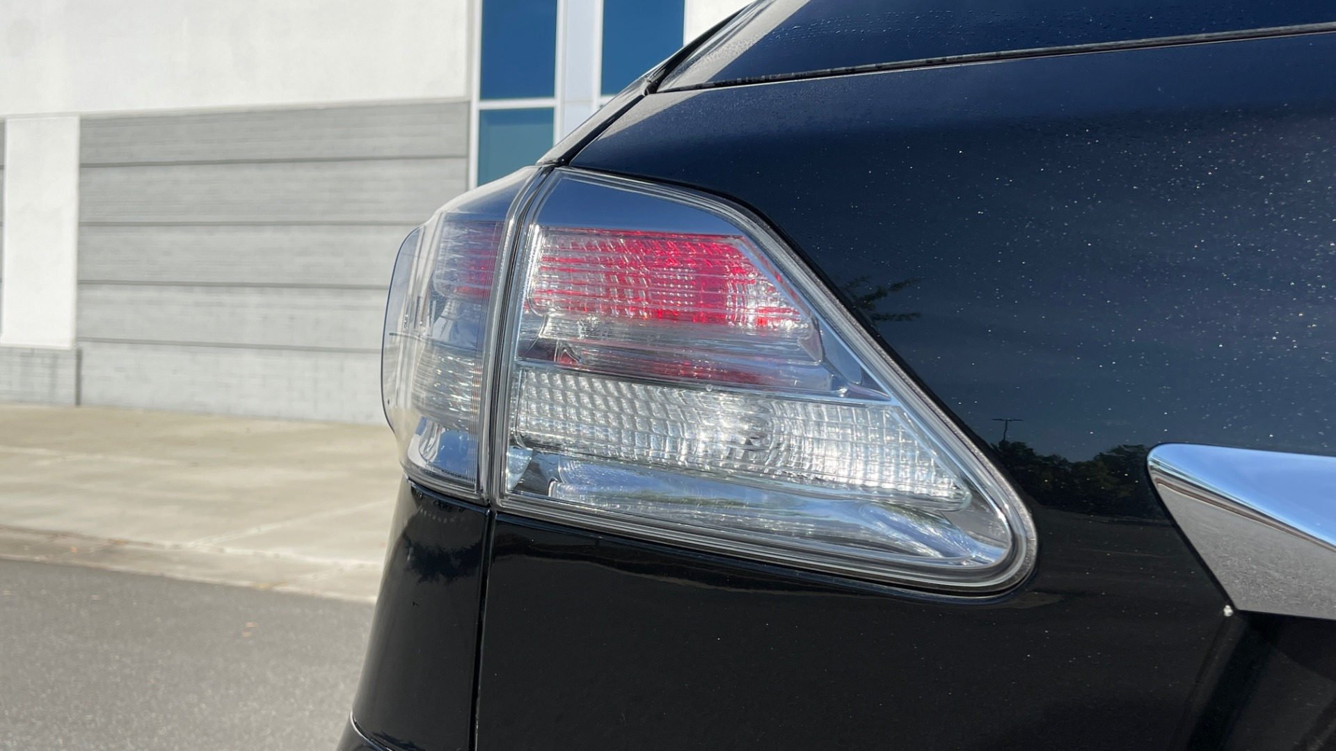 Used 2011 Lexus RX 350 PREMIUM / TOWING PREP PKG / VENTILATED STS / SUNROOF / REARVIEW for sale Sold at Formula Imports in Charlotte NC 28227 21