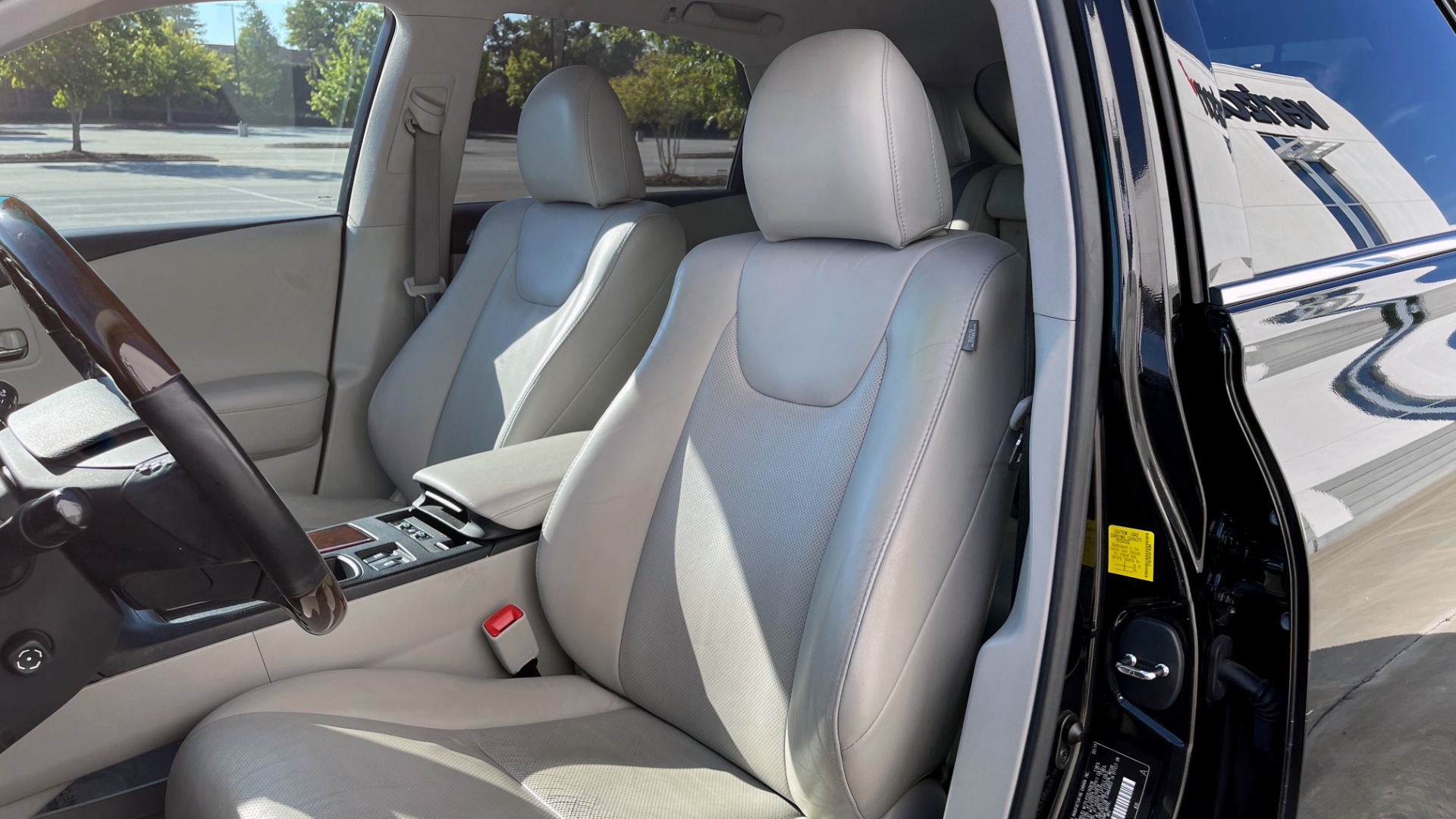 Used 2011 Lexus RX 350 PREMIUM / TOWING PREP PKG / VENTILATED STS / SUNROOF / REARVIEW for sale Sold at Formula Imports in Charlotte NC 28227 27