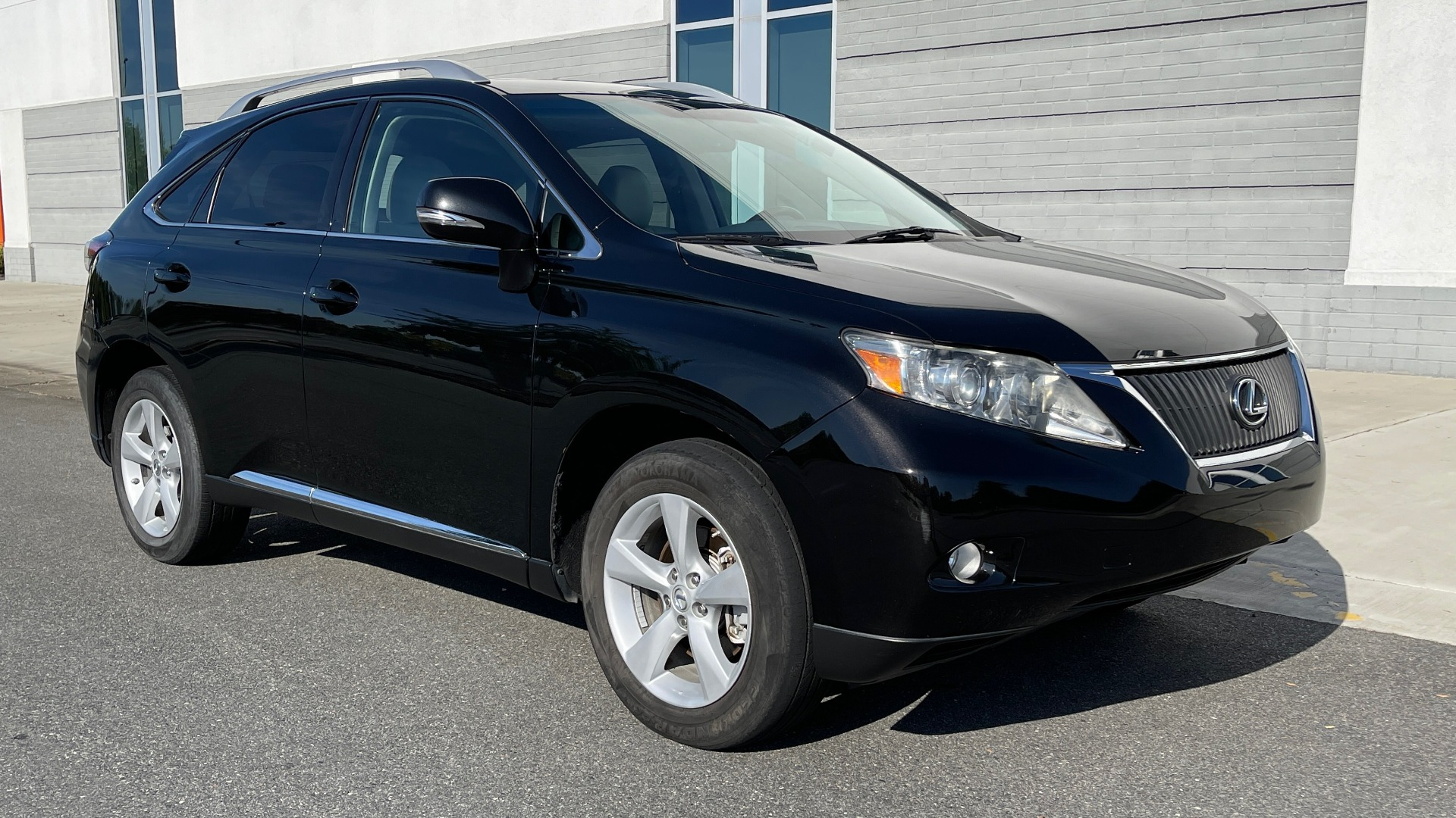 Used 2011 Lexus RX 350 PREMIUM / TOWING PREP PKG / VENTILATED STS / SUNROOF / REARVIEW for sale Sold at Formula Imports in Charlotte NC 28227 5