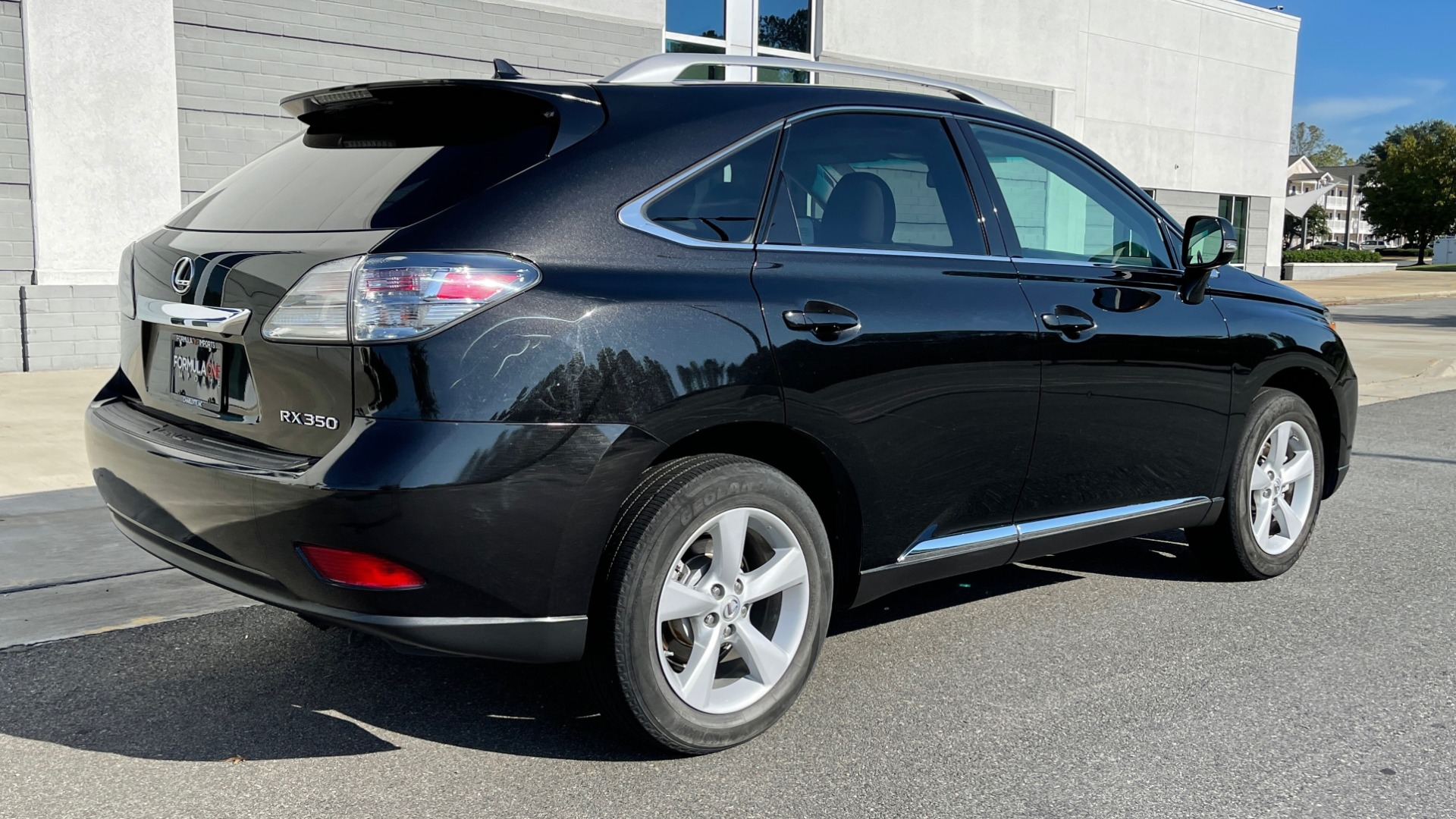 Used 2011 Lexus RX 350 PREMIUM / TOWING PREP PKG / VENTILATED STS / SUNROOF / REARVIEW for sale Sold at Formula Imports in Charlotte NC 28227 7
