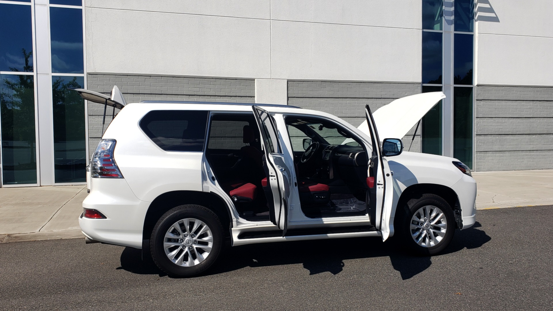 Used 2021 Lexus GX 460 PREMIUM / AWD / NAV / SUNROOF / 3-ROW / REARVIEW for sale Sold at Formula Imports in Charlotte NC 28227 12