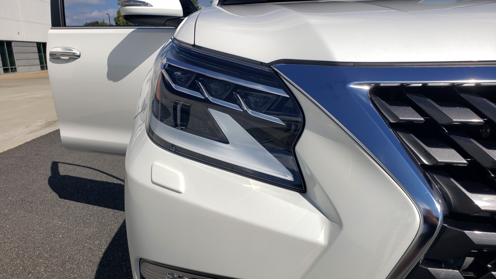 Used 2021 Lexus GX 460 PREMIUM / AWD / NAV / SUNROOF / 3-ROW / REARVIEW for sale Sold at Formula Imports in Charlotte NC 28227 22