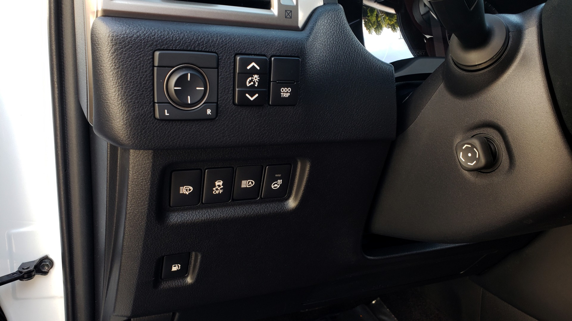 Used 2021 Lexus GX 460 PREMIUM / AWD / NAV / SUNROOF / 3-ROW / REARVIEW for sale Sold at Formula Imports in Charlotte NC 28227 36