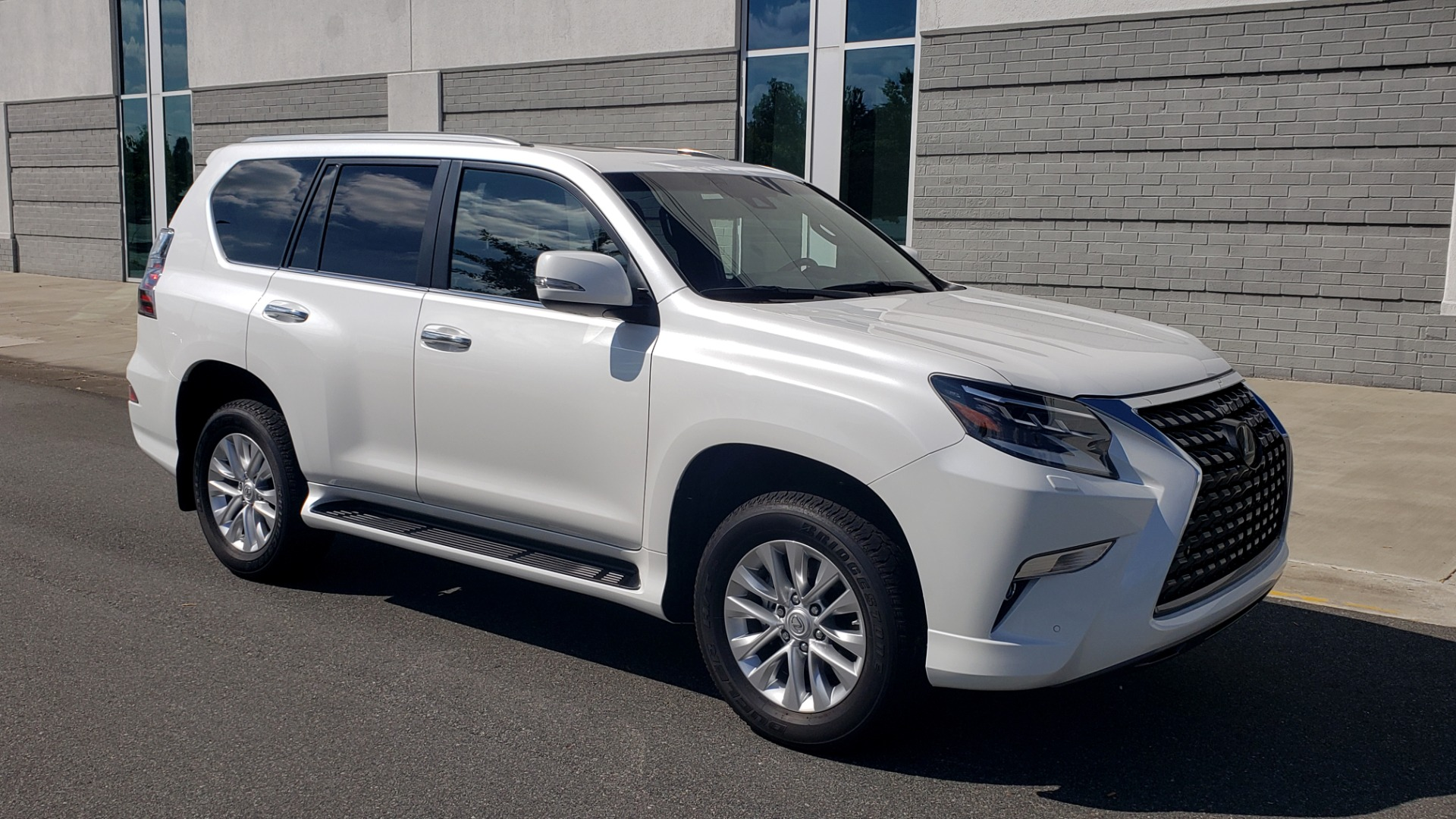 Used 2021 Lexus GX 460 PREMIUM / AWD / NAV / SUNROOF / 3-ROW / REARVIEW for sale Sold at Formula Imports in Charlotte NC 28227 7