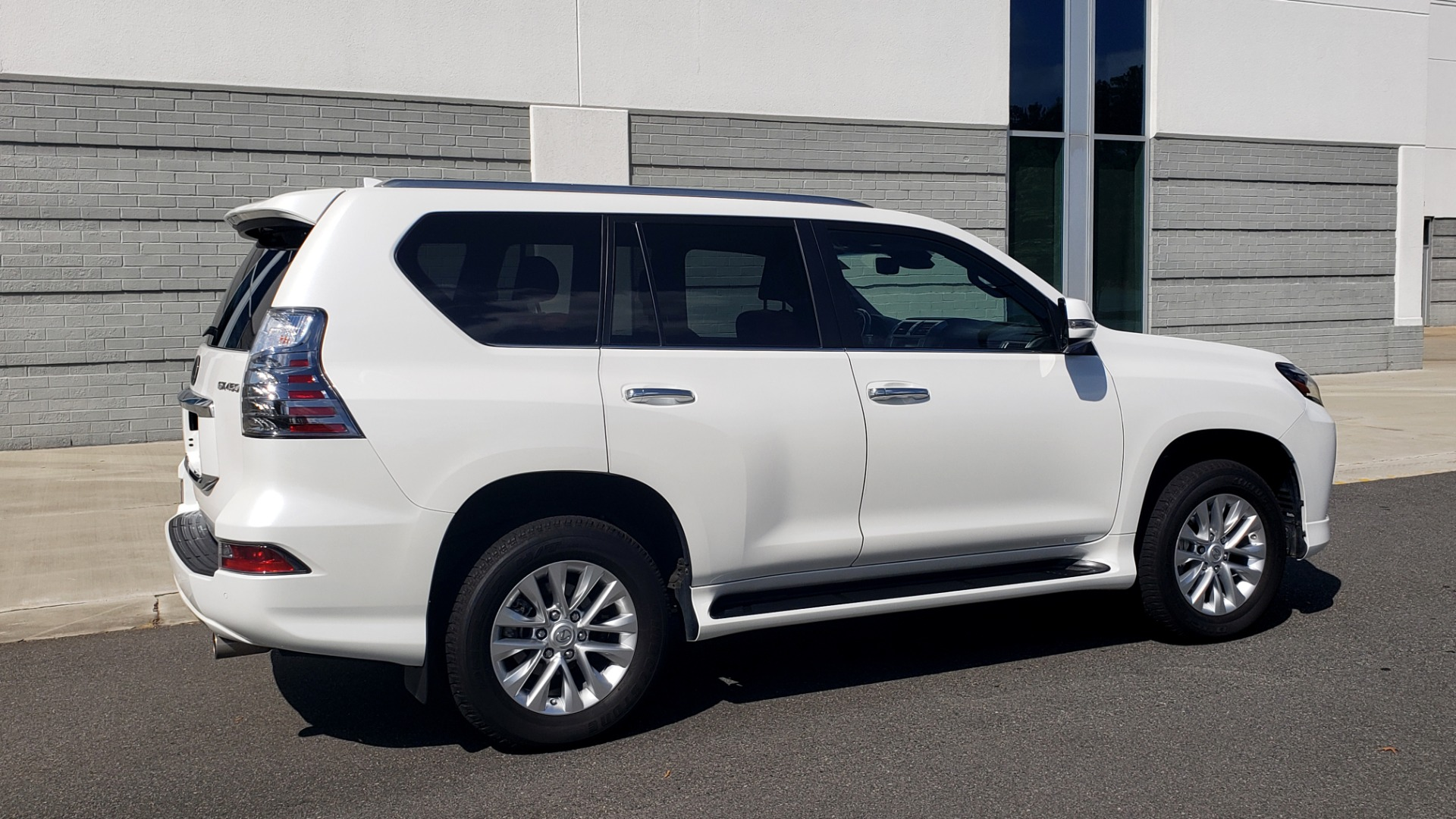 Used 2021 Lexus GX 460 PREMIUM / AWD / NAV / SUNROOF / 3-ROW / REARVIEW for sale Sold at Formula Imports in Charlotte NC 28227 8